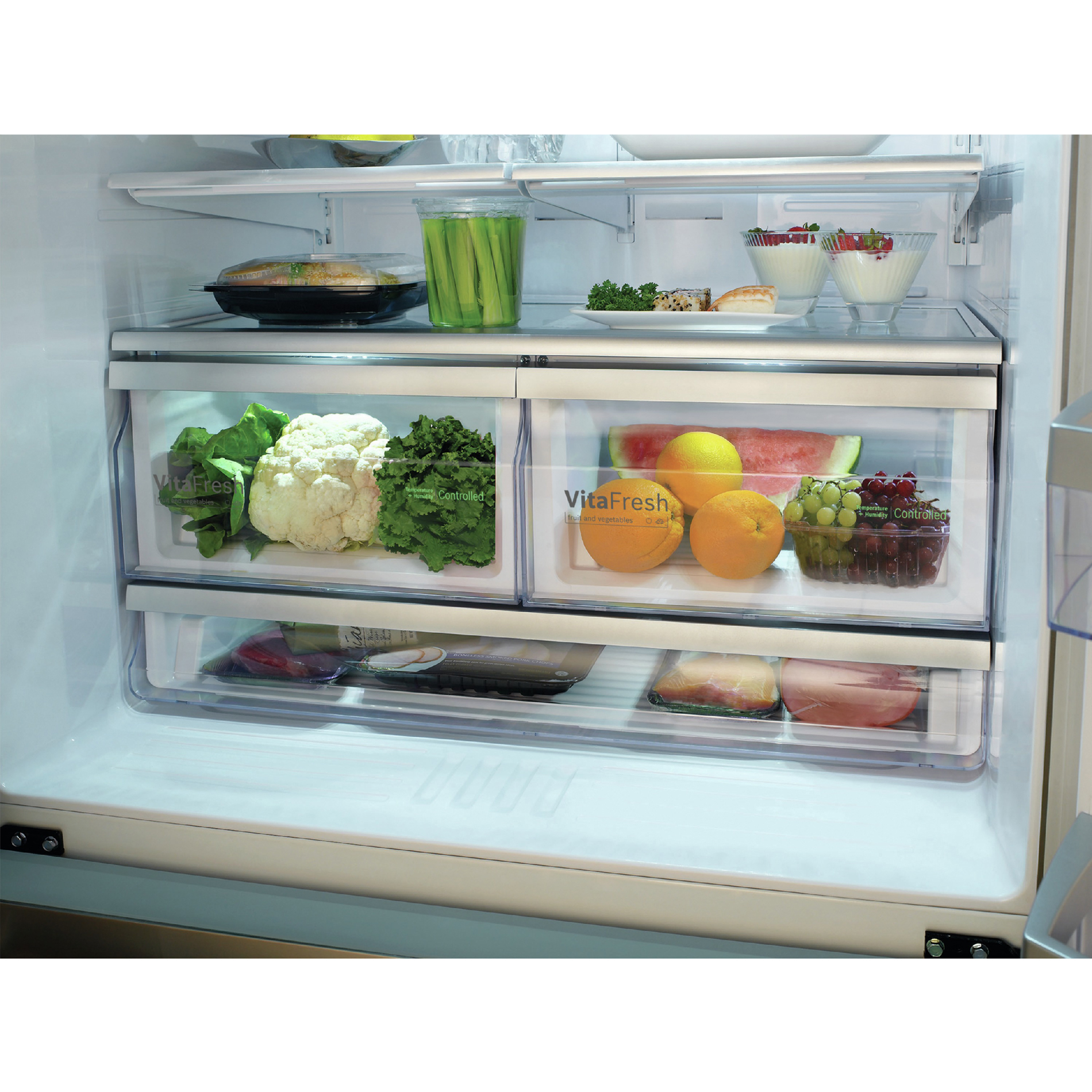 Bosch B26FT80SNS 800 Series 25.5 cu. ft.  French Door Bottom-Freezer Refrigerator - Stainless Steel