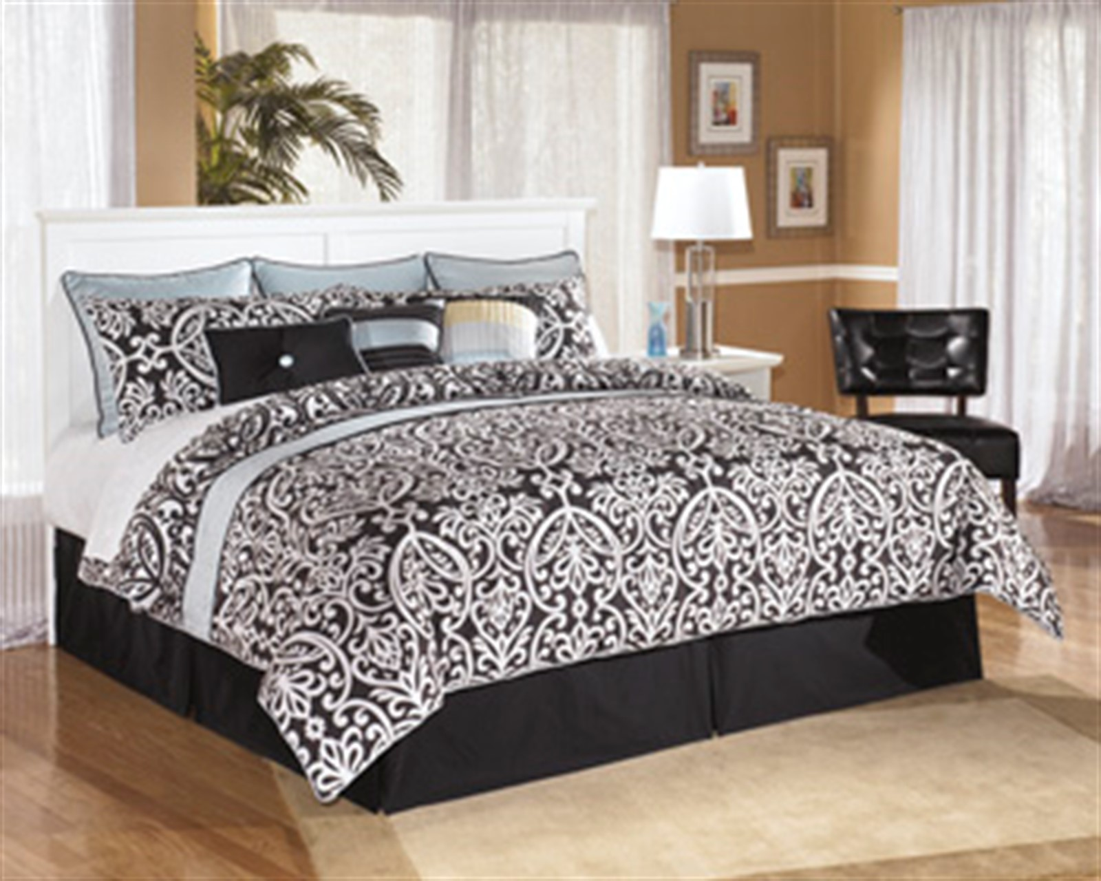 Bostwick Shoals White King Bed