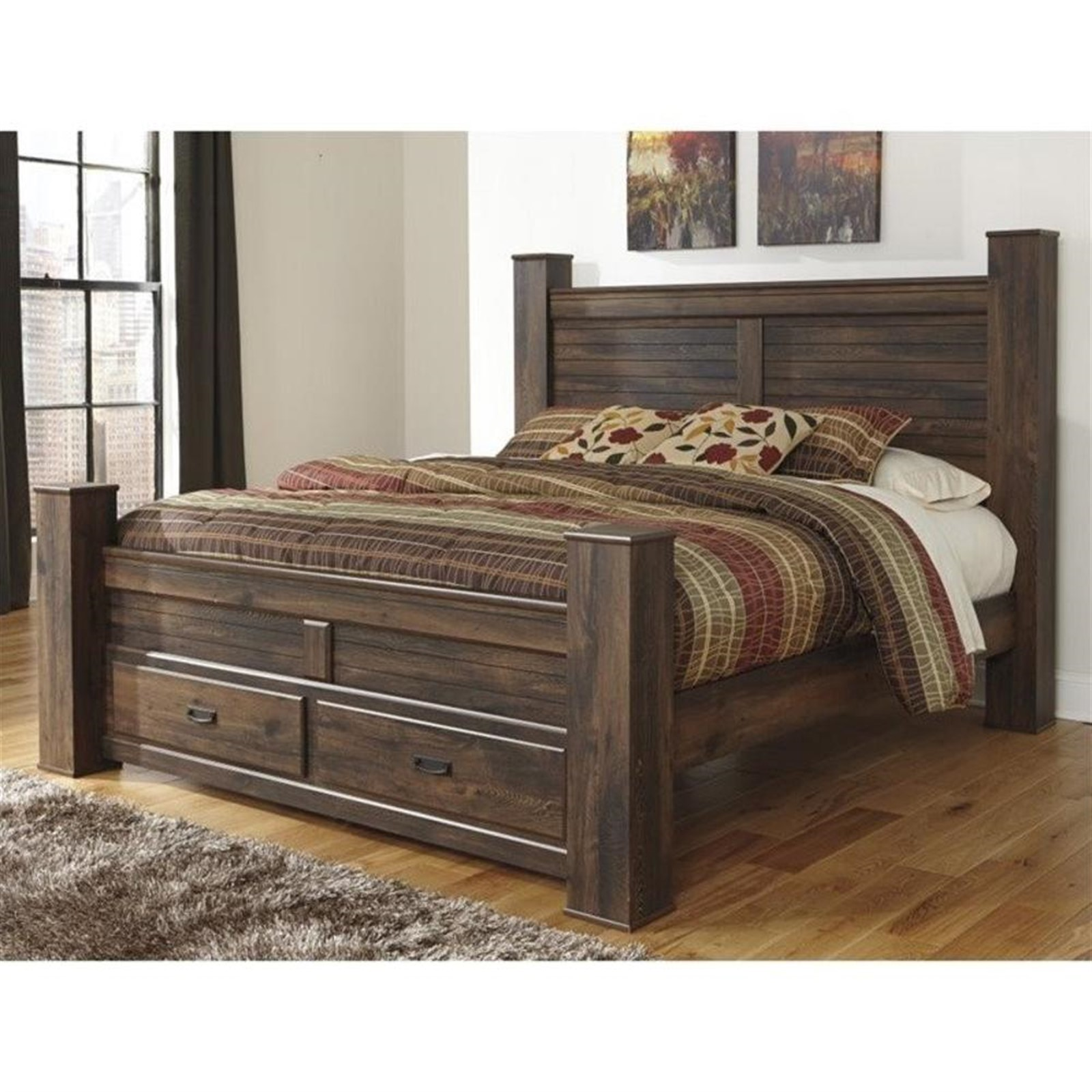 Quinden Dark Brown Queen Bed with Posts with Footboard Storage