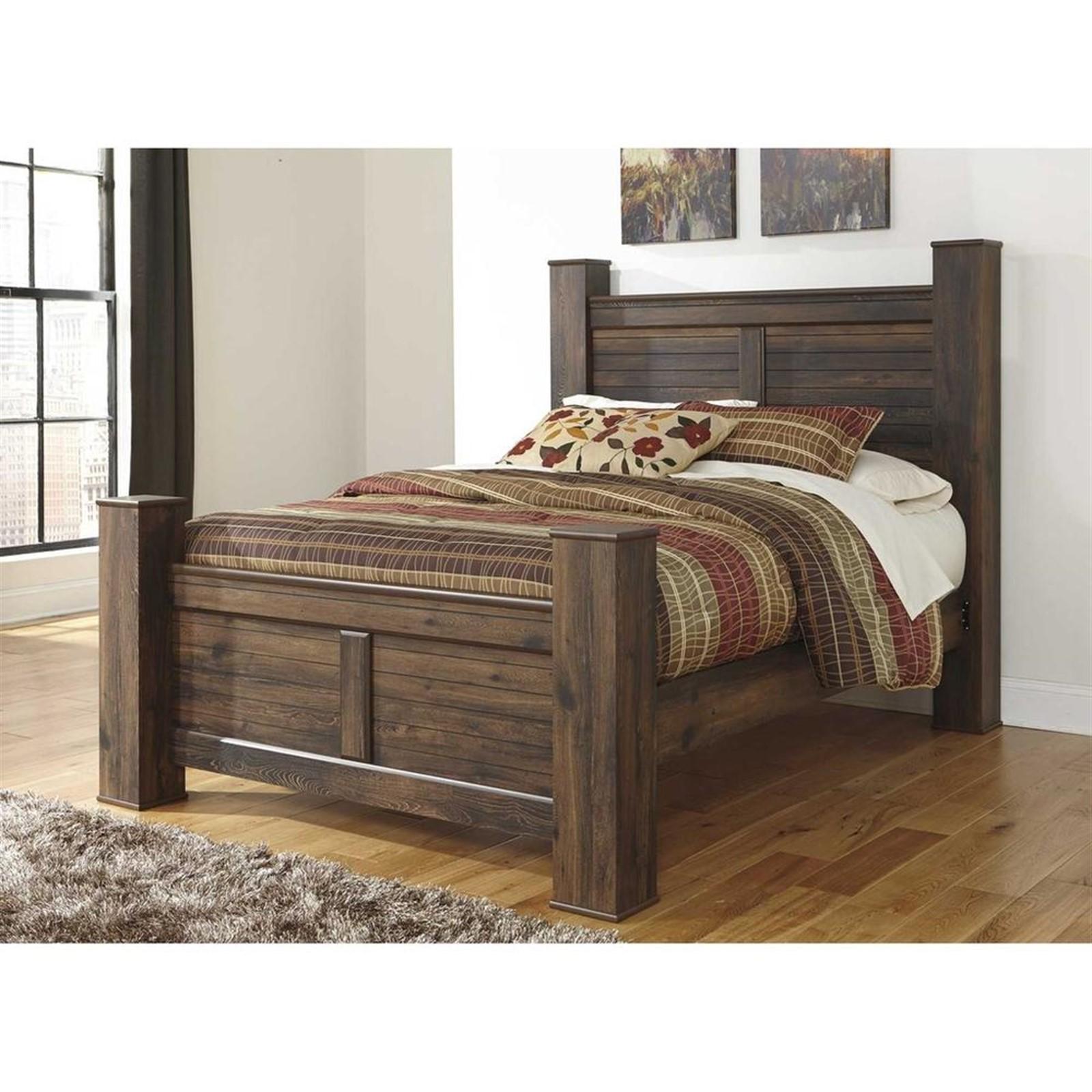 Quinden Dark Brown Queen Bed with Posts