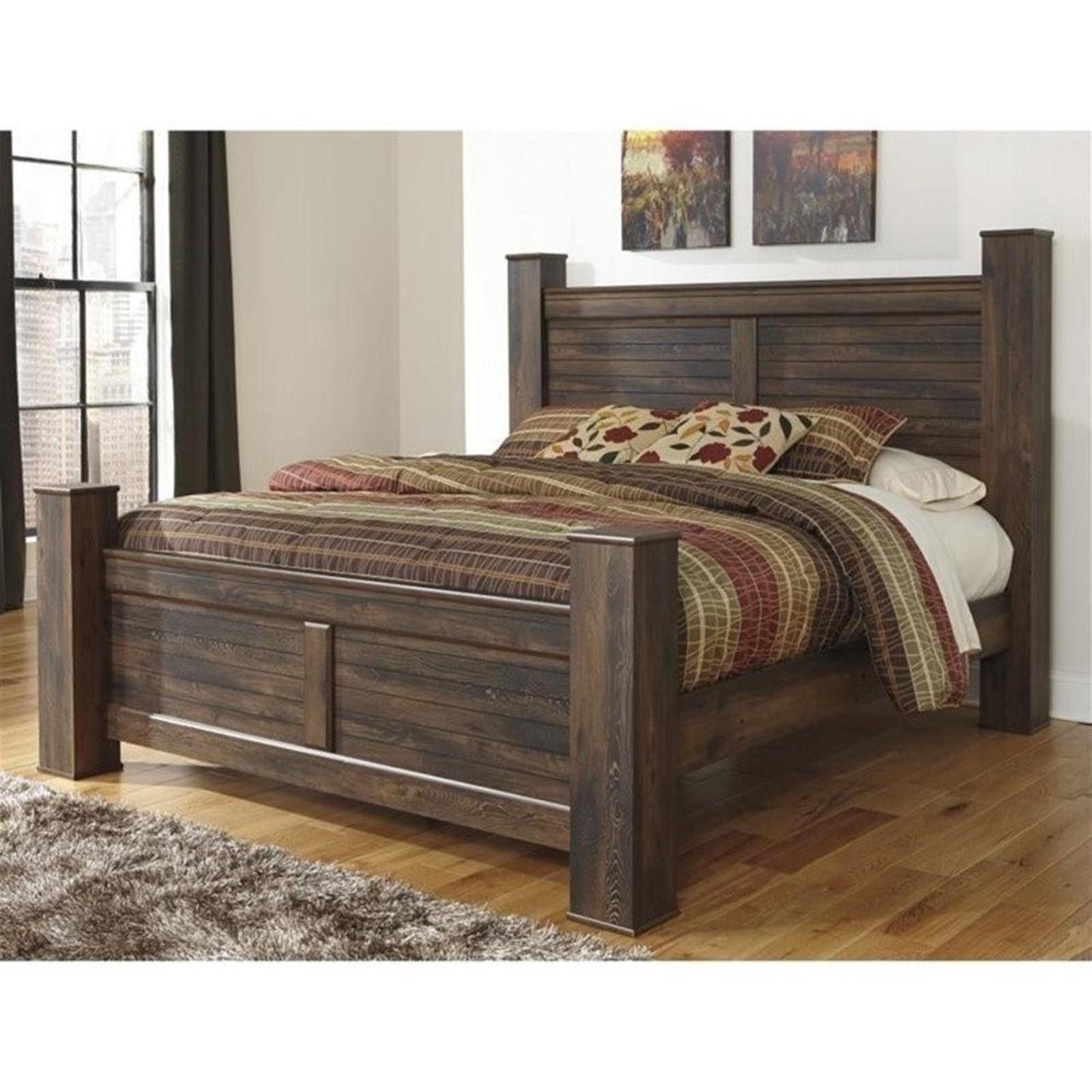 Quinden Dark Brown King Bed with Posts