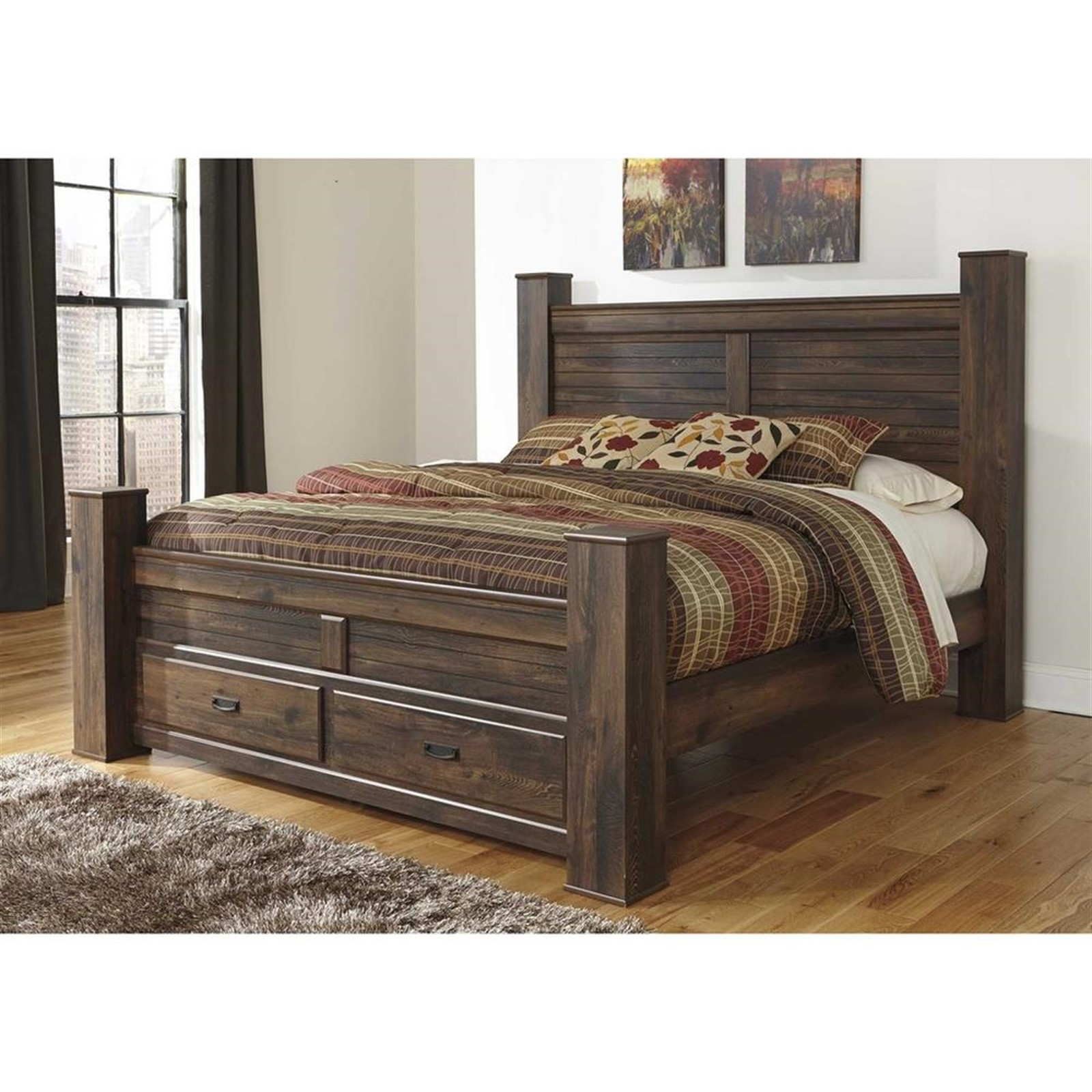 Quinden Dark Brown King Bed with Posts with Footboard Storage