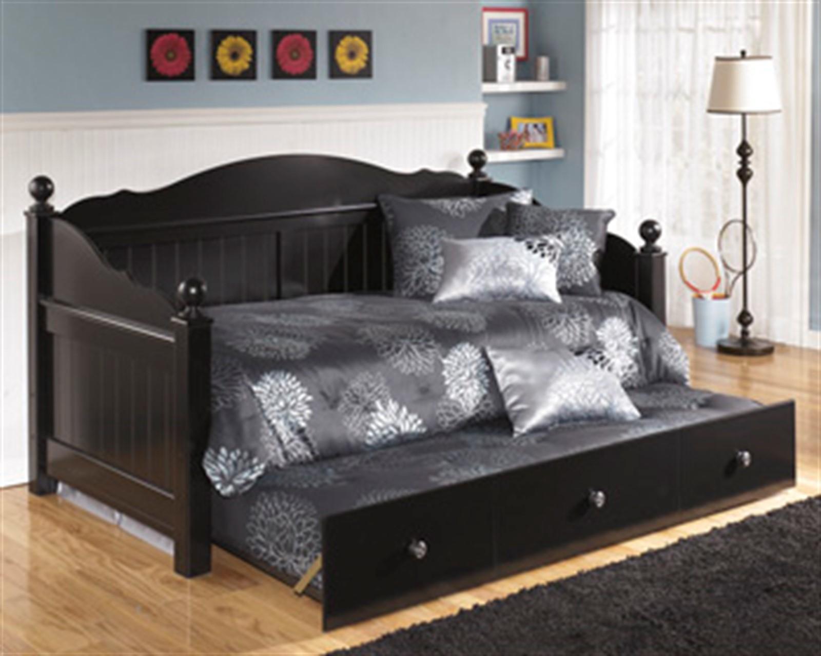 Jaidyn Day Bed - Twin - Black