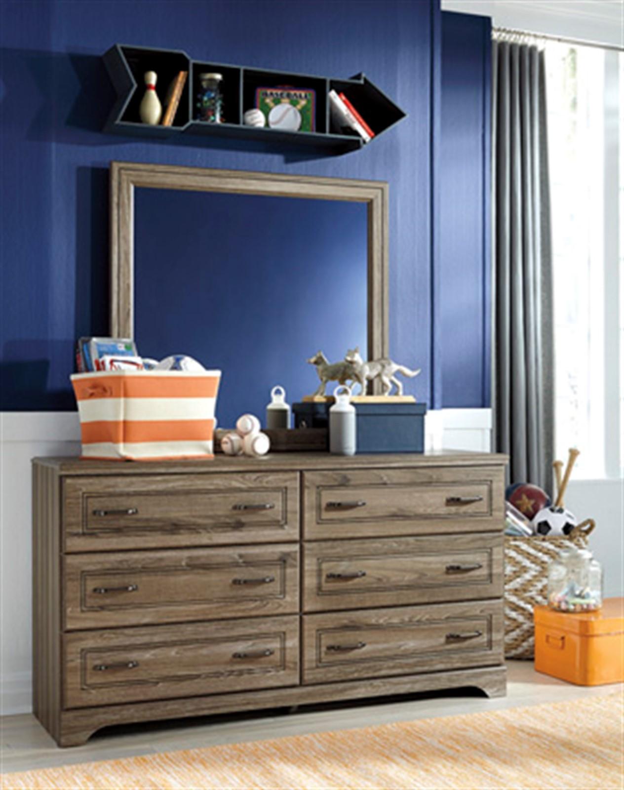 Javarin Dresser and Mirror Set - Grayish Brown