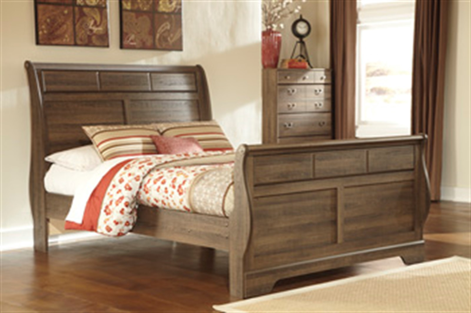 Allymore Sleigh Bed - Queen - Brown