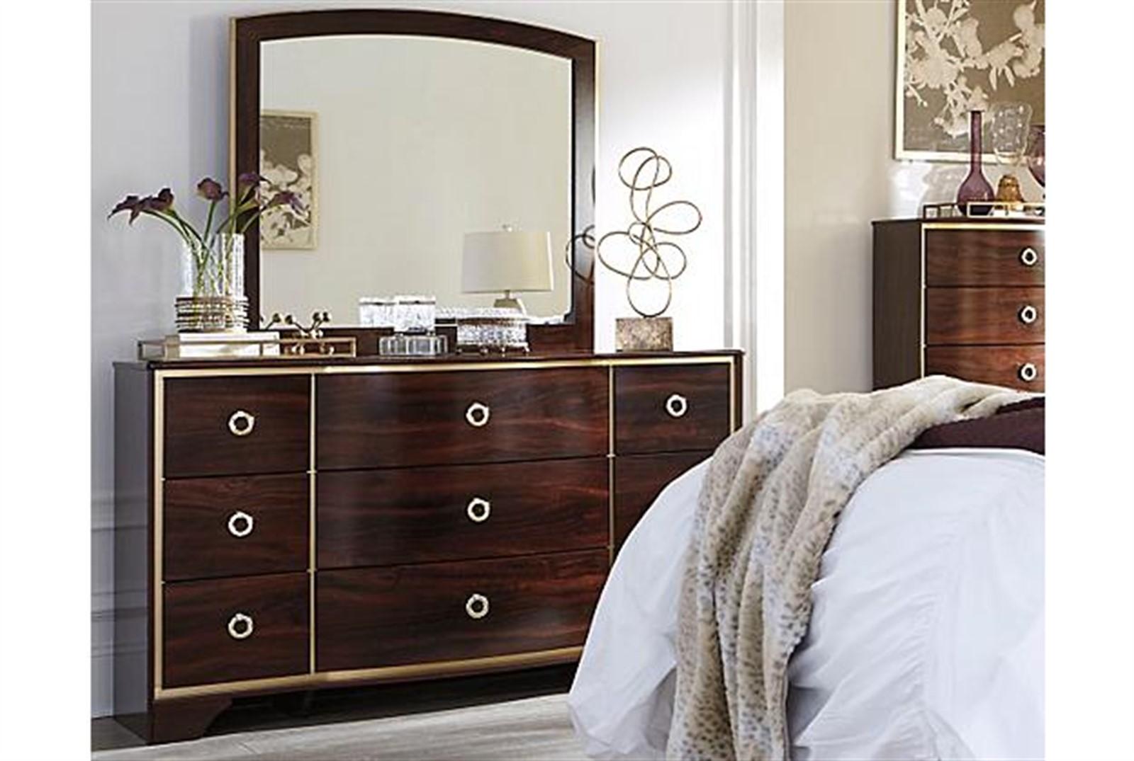 Lenmara Dresser and Mirror Set - Reddish Brown