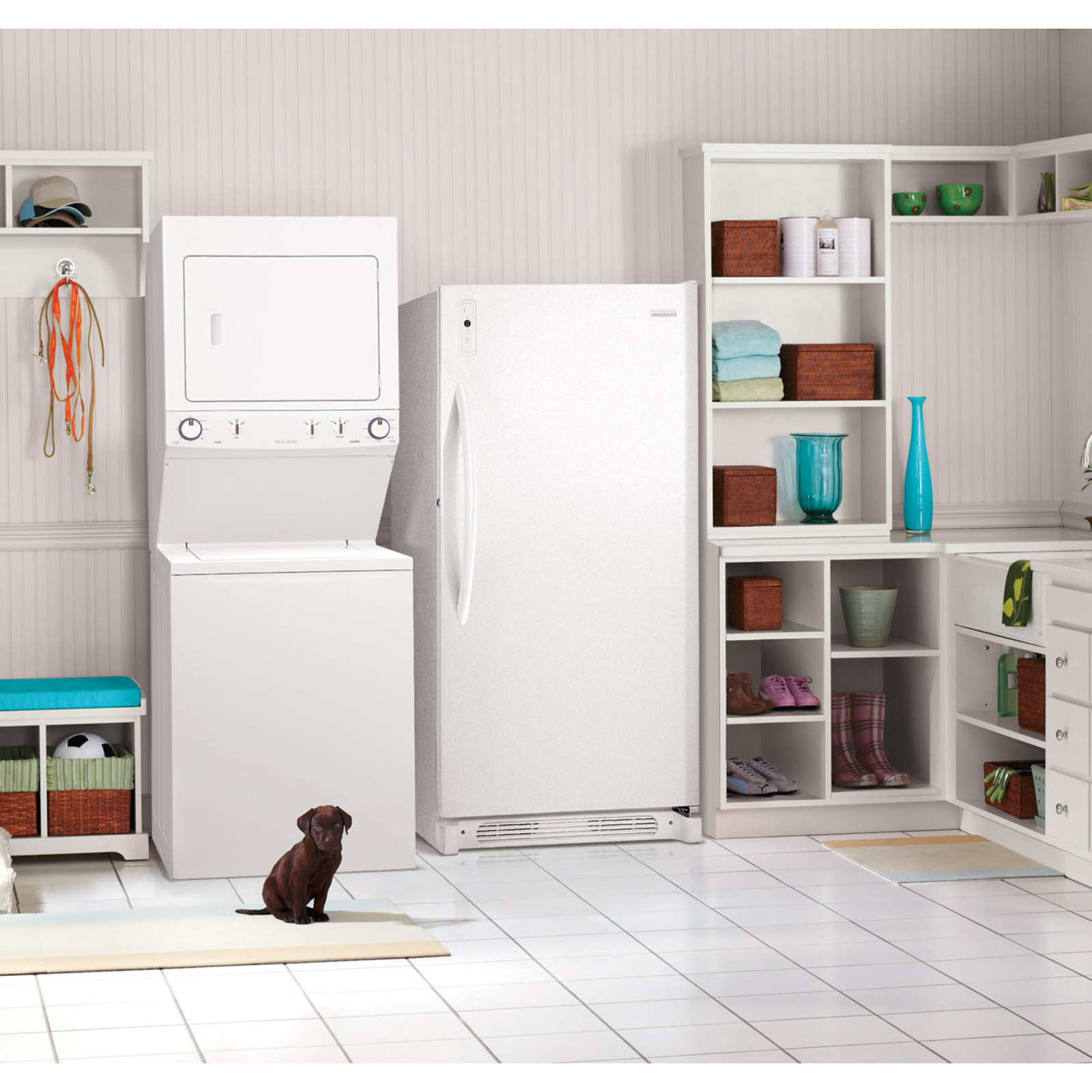 "Frigidaire FFLG3911QW HE 27"" Super Capacity 3.8 cu. ft. Gas Laundry Center - White"