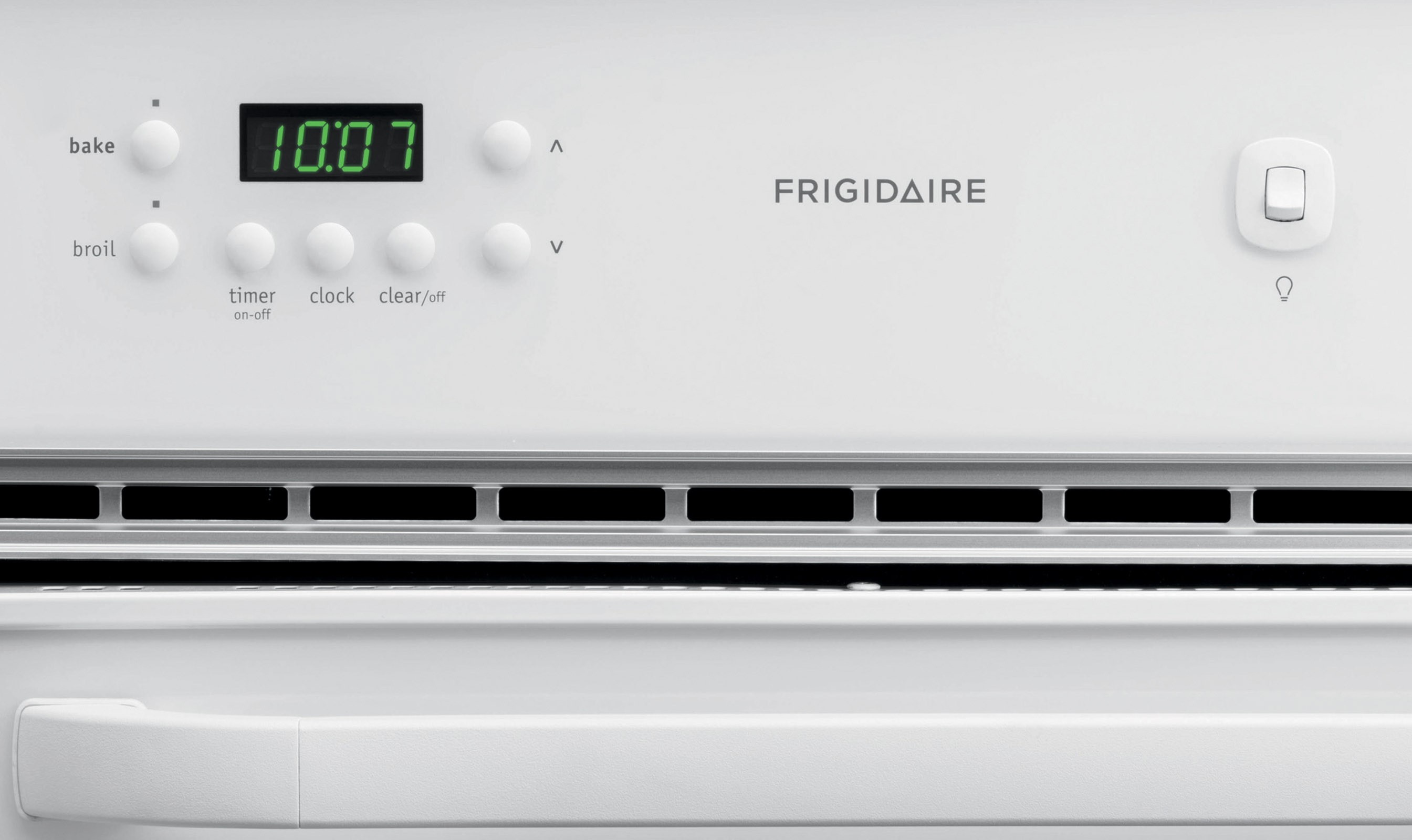 Frigidaire 24'' Single Gas Oven with Lower Broiler - White