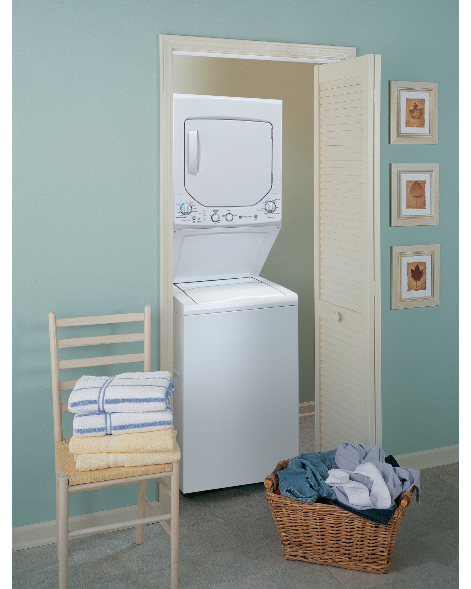 "GE Appliances GUD24GSSJWW Spacemaker® 24"" 2.0 cu. ft. Gas Stacked Laundry Unit - White"