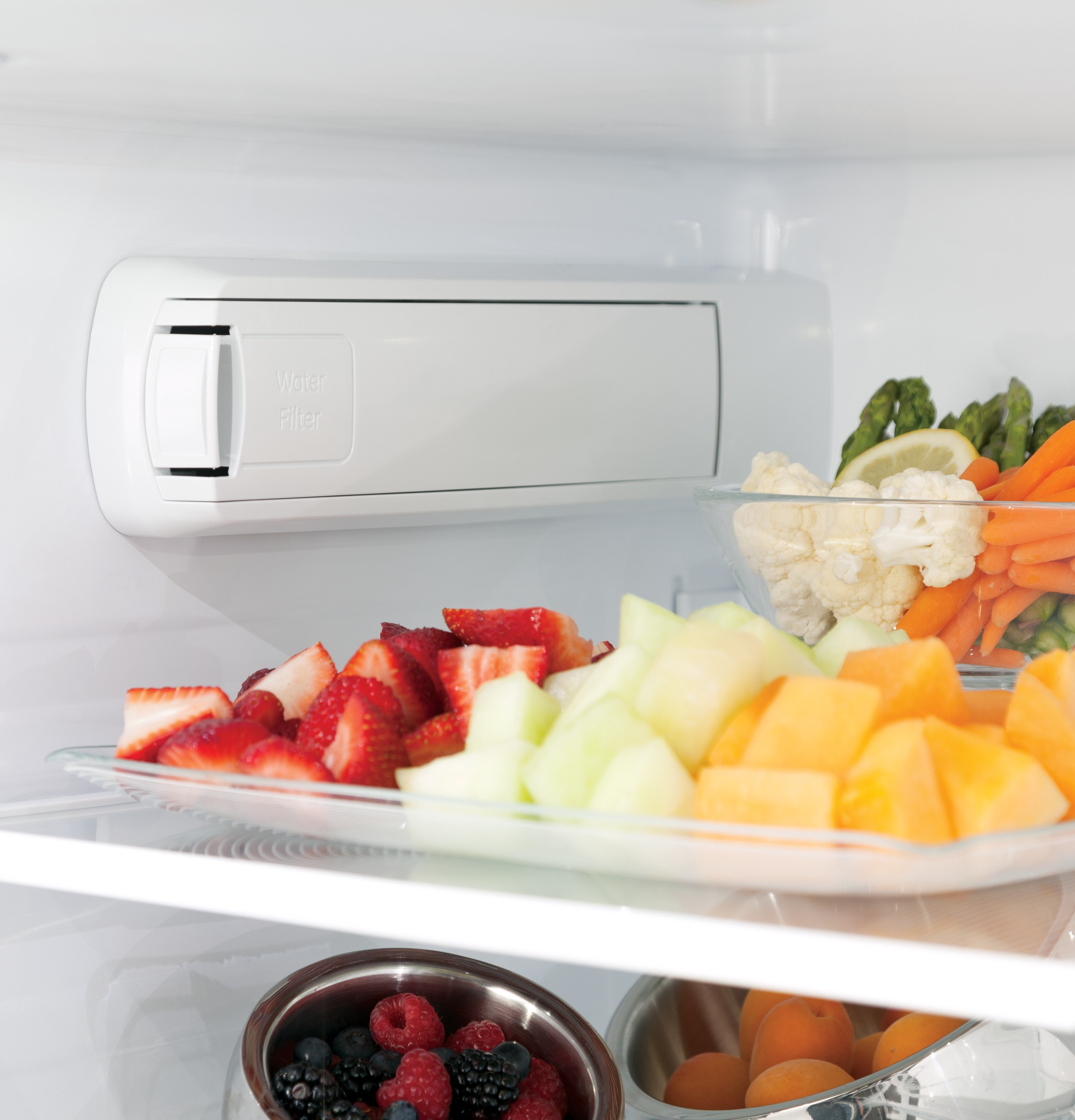 GE Appliances GNE29GSKSS 28.7 cu. ft. French Door Refrigerator - Stainless Steel