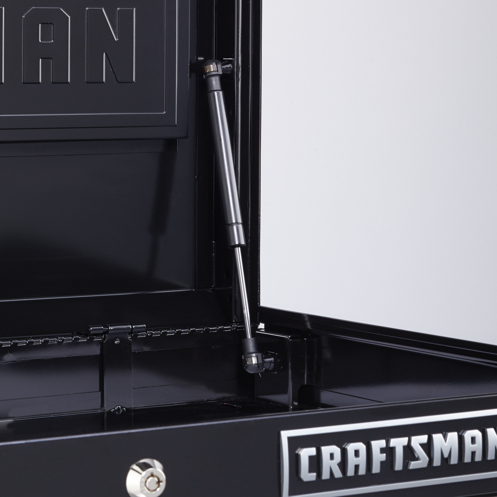 Craftsman EDGE Series 26-in. 6-Drawer Premium Heavy-Duty Ball-Bearing Top Chest - Black