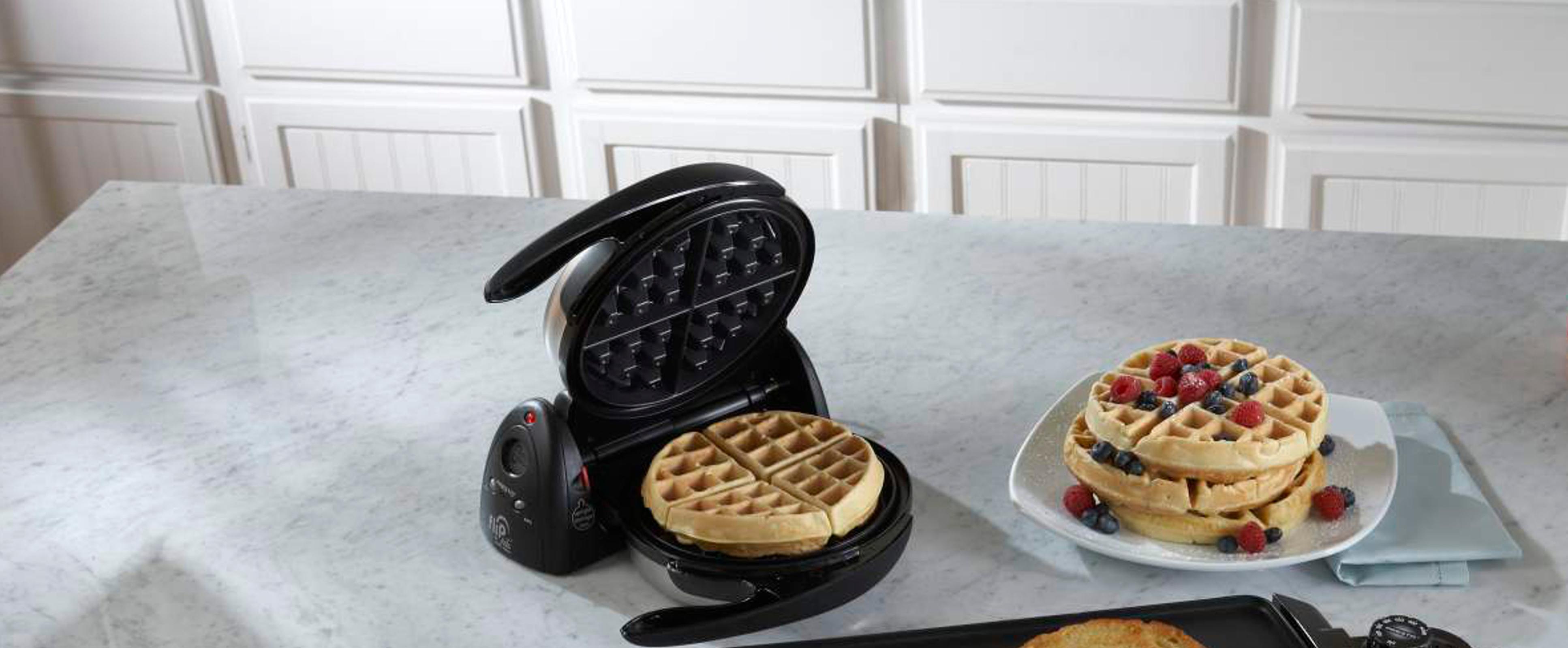 Presto 7 Inch FlipSide Waffle Maker