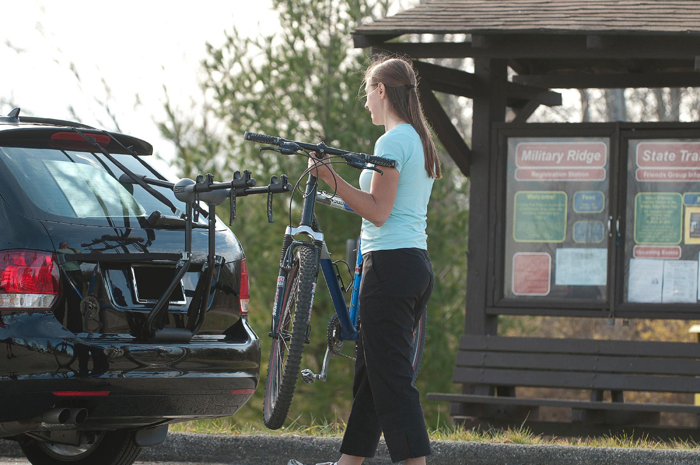 GRABER Car Trunk Rack for 2 Bikes