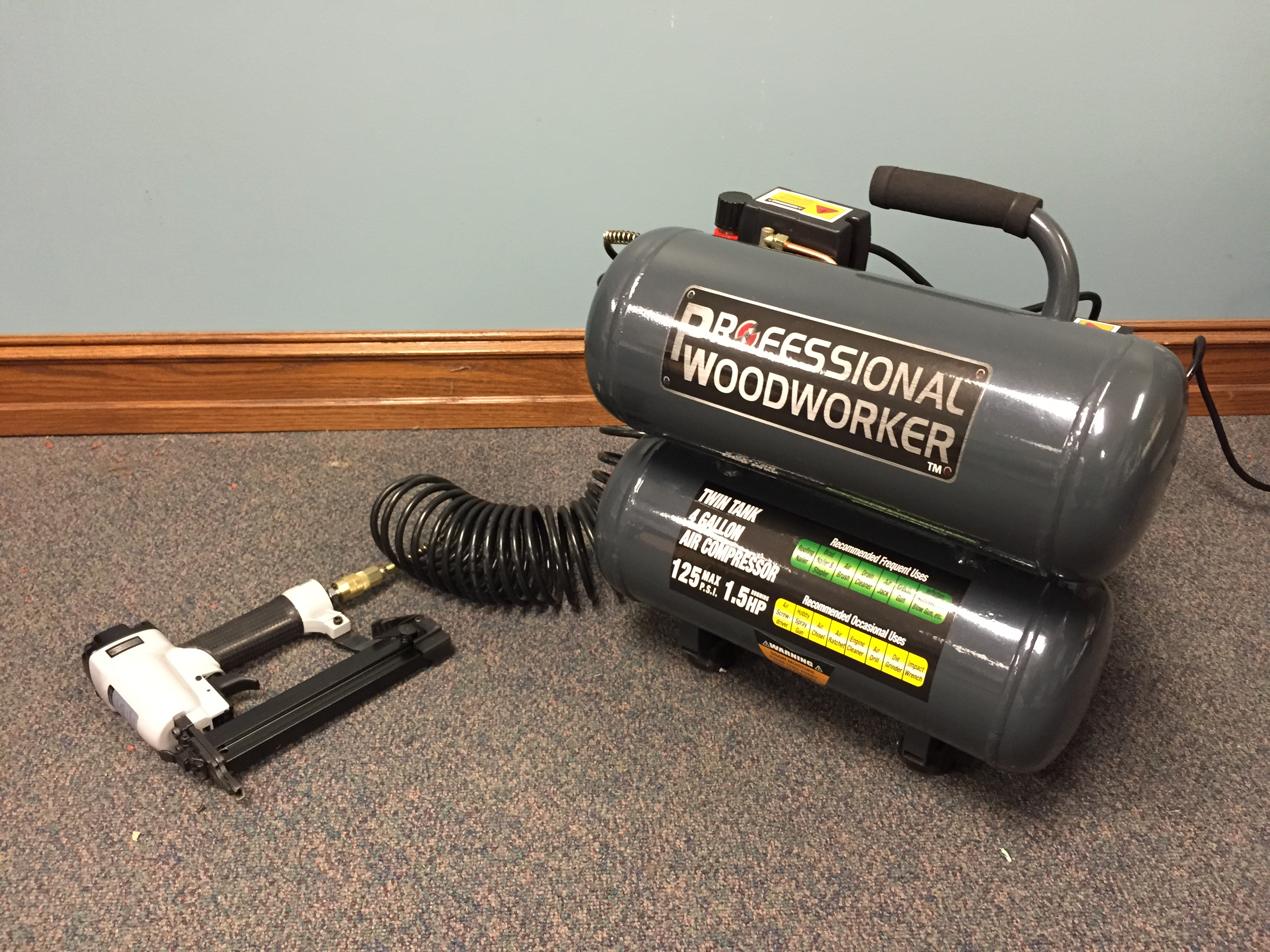 Professional Woodworker 4 Gallon 1.5HP Twin Stack Air Compressor