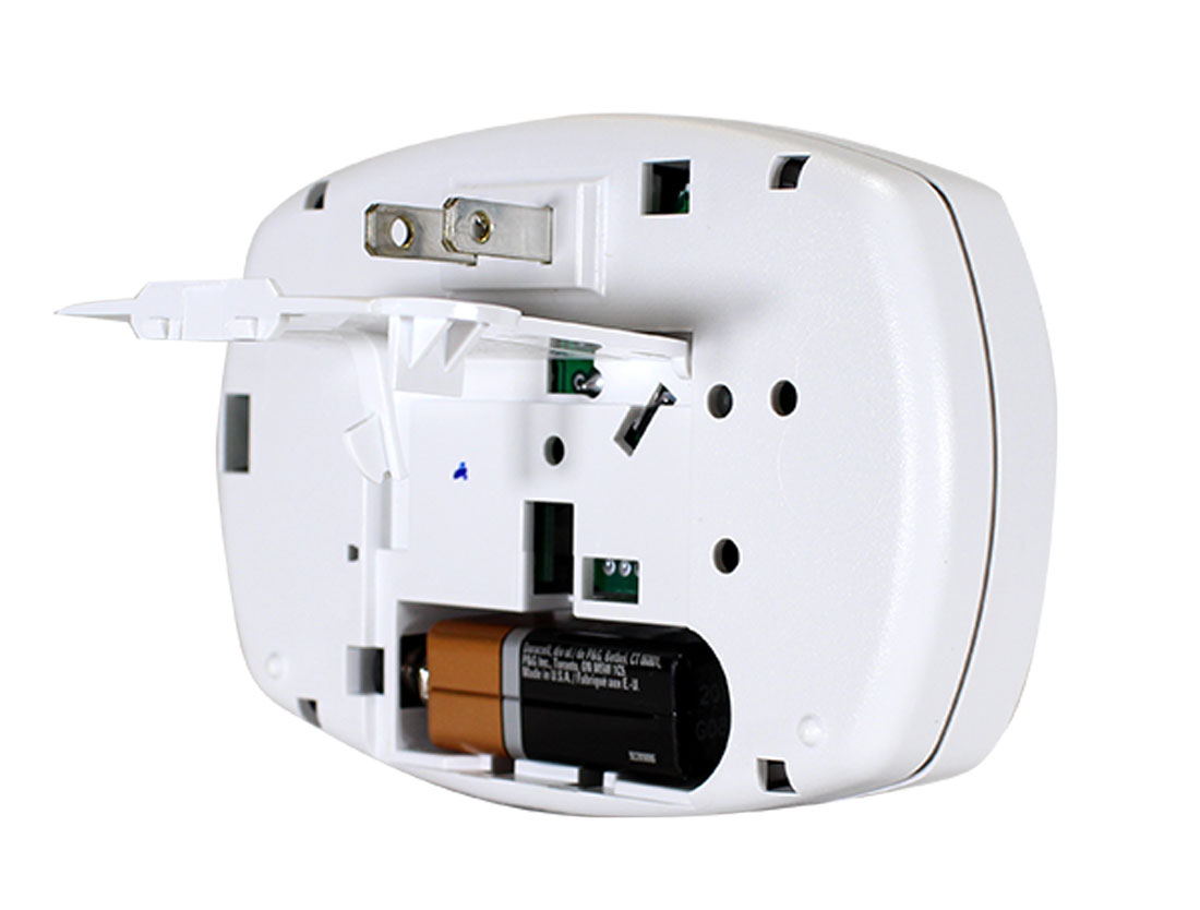 First Alert Plug In CO Alarm With Battery Backup