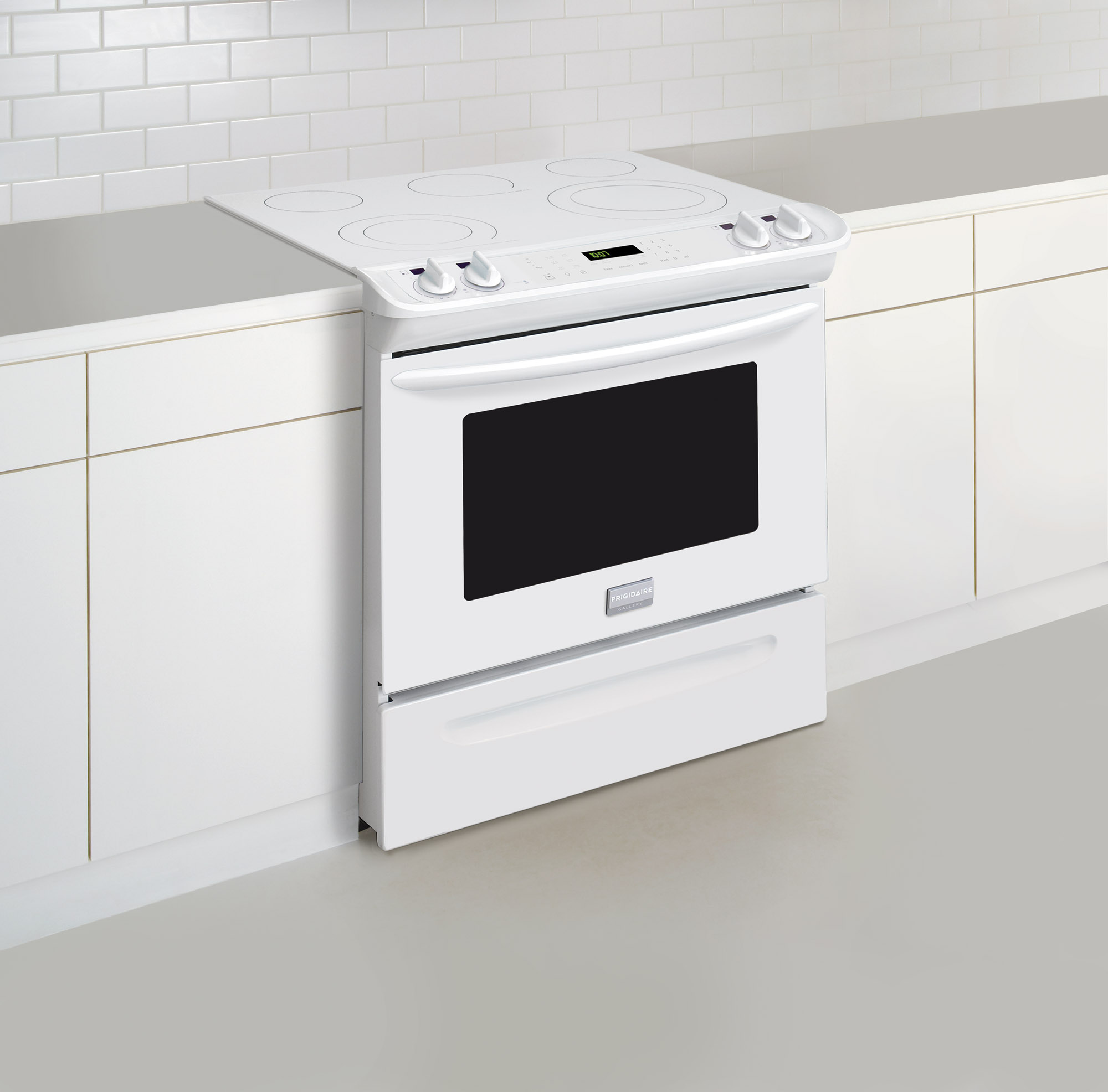 Frigidaire FGES3065PW Gallery 4.6 cu. ft. Slide-In Electric Range - White
