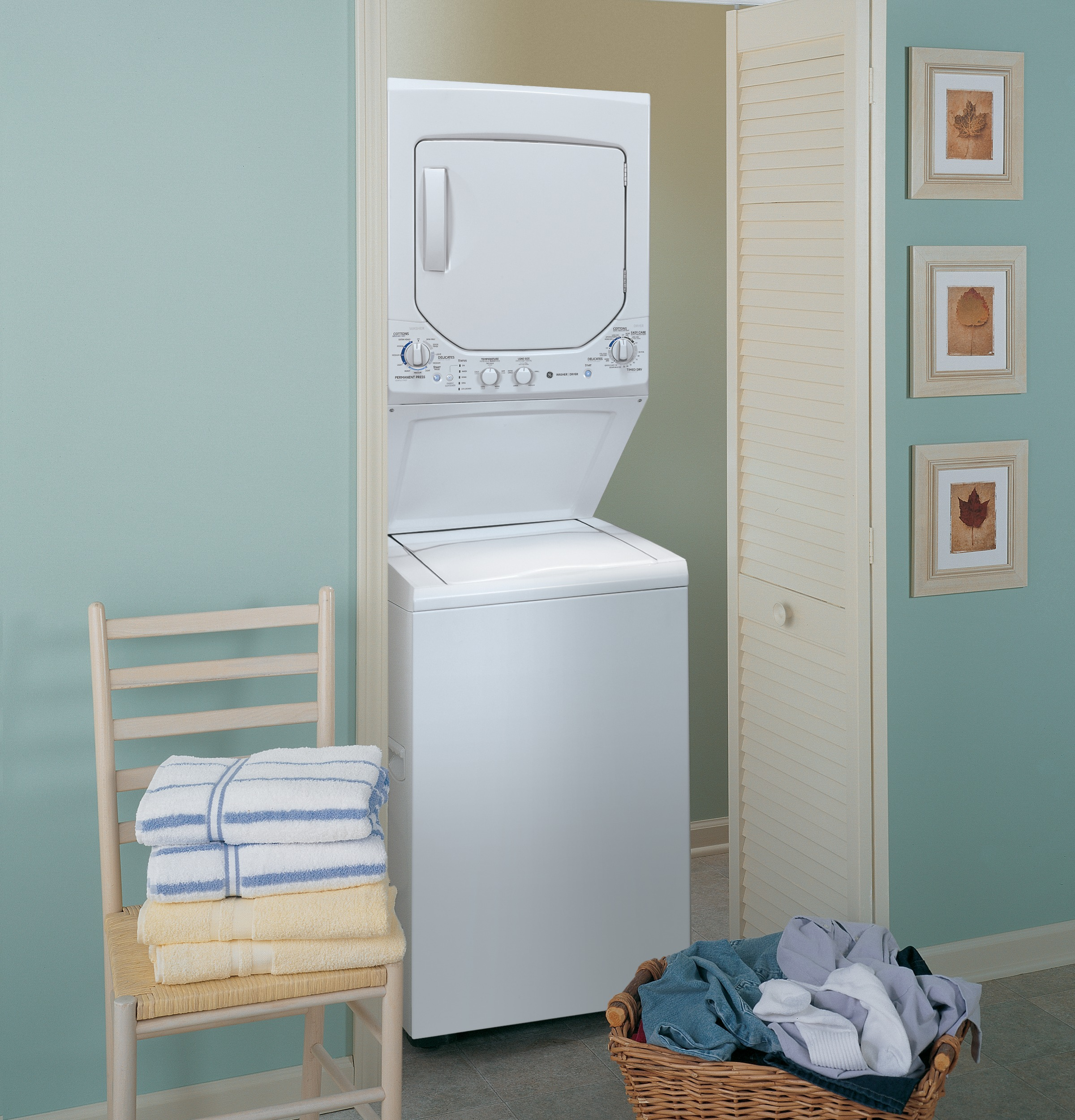 "GE 27"" Laundry Center w/ Gas Dryer"