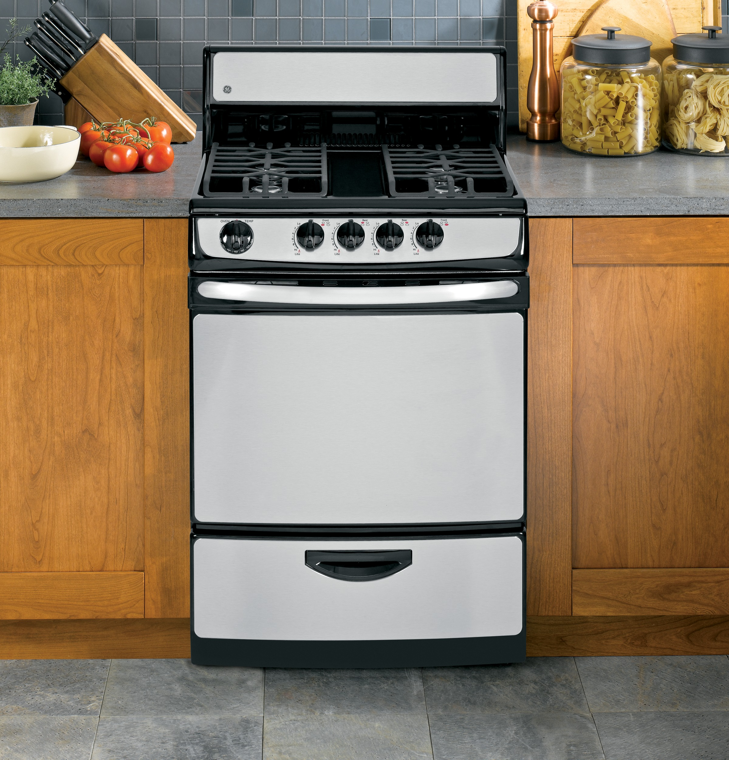 """GE Appliances JGAS02SENSS 3 cu. ft. 24"""" Gas Range"""