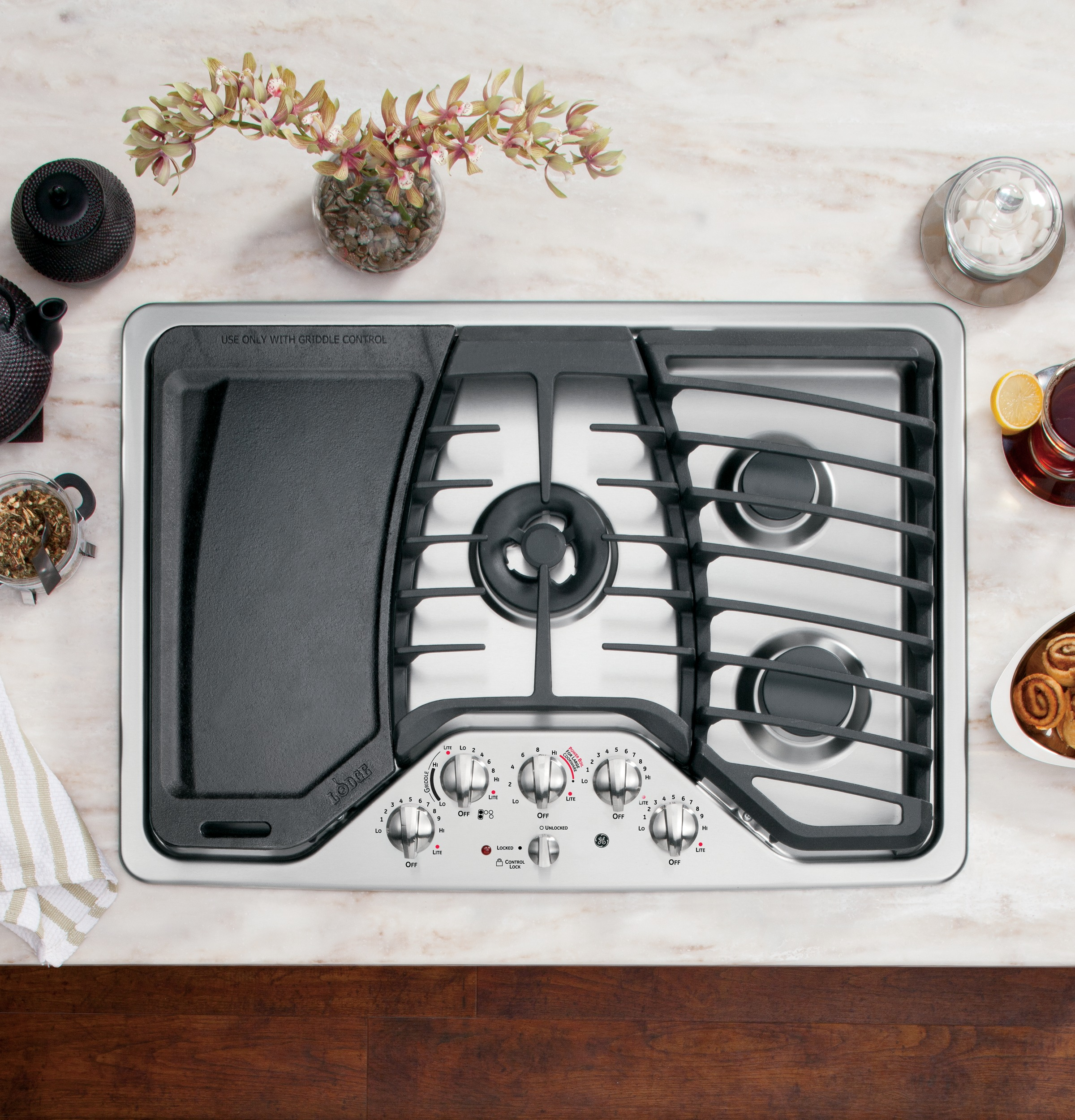 """GE Profile PGP959SETSS 30"""" Stainless Steel Gas Cooktop"""