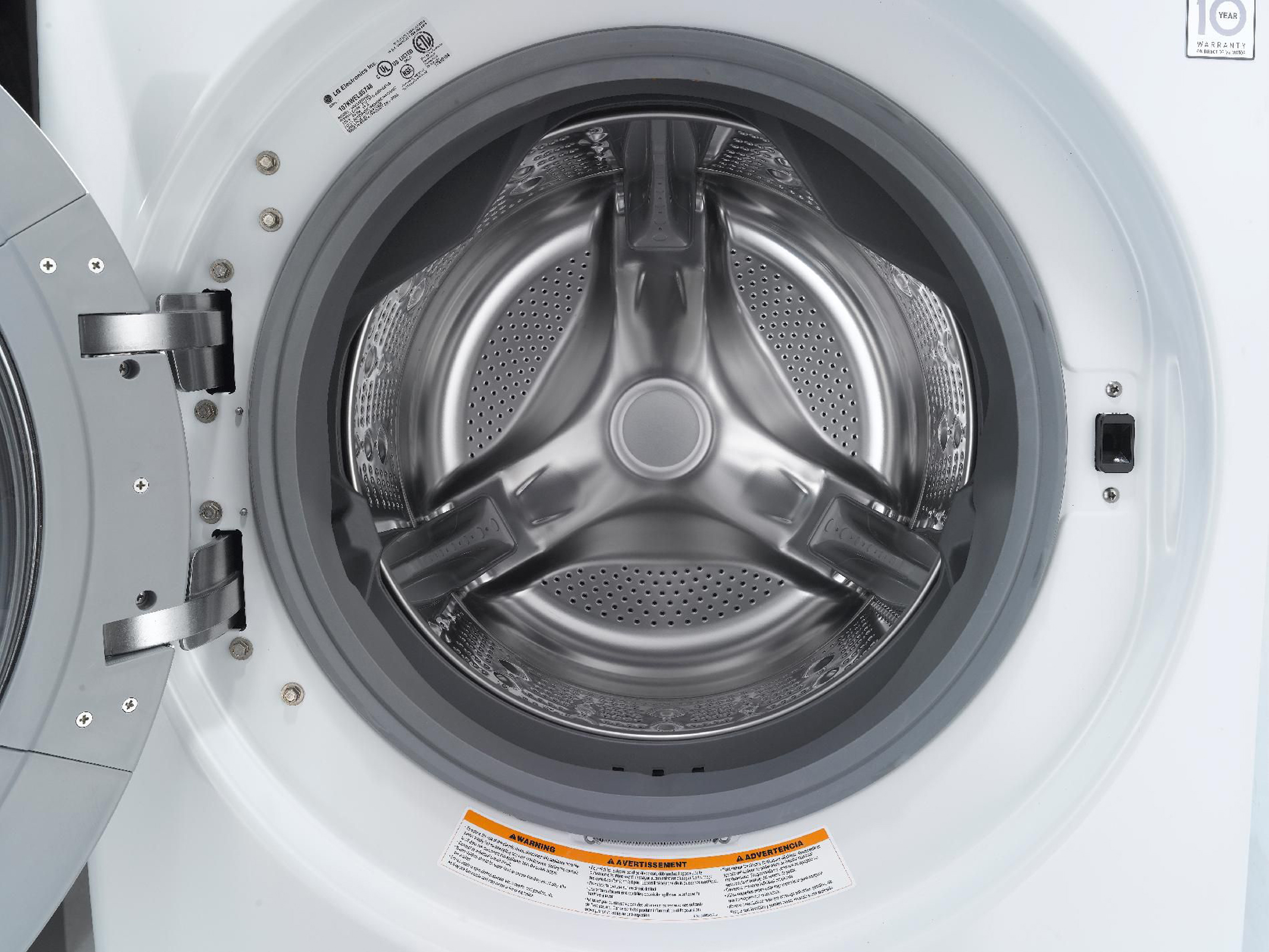 LG 4.0 cu. ft. Ultra-Large-Capacity Steam Front-Load Washer - White