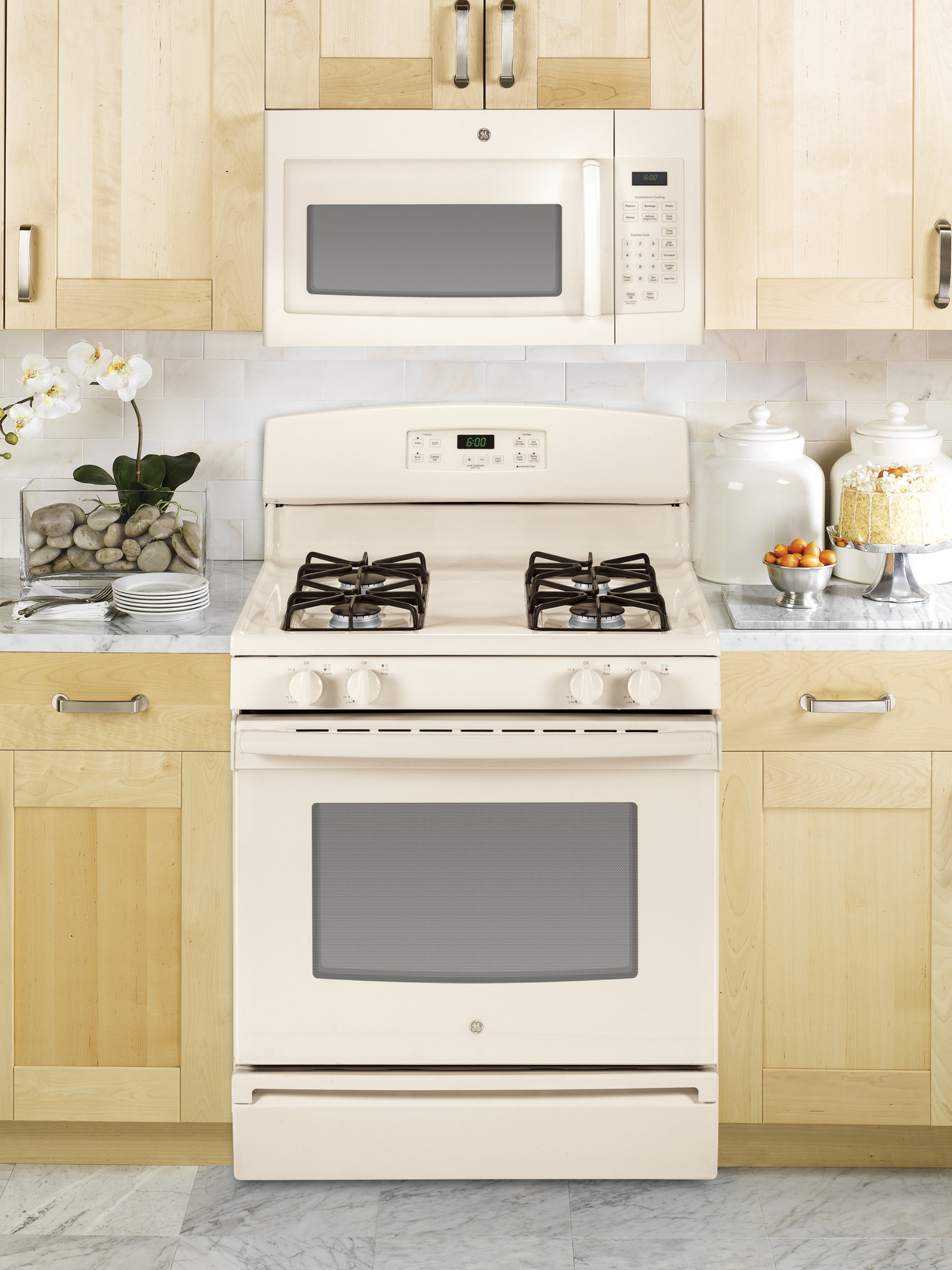 GE Appliances JGBS60DEFCC 4.8 cu. ft. Gas Range - Bisque