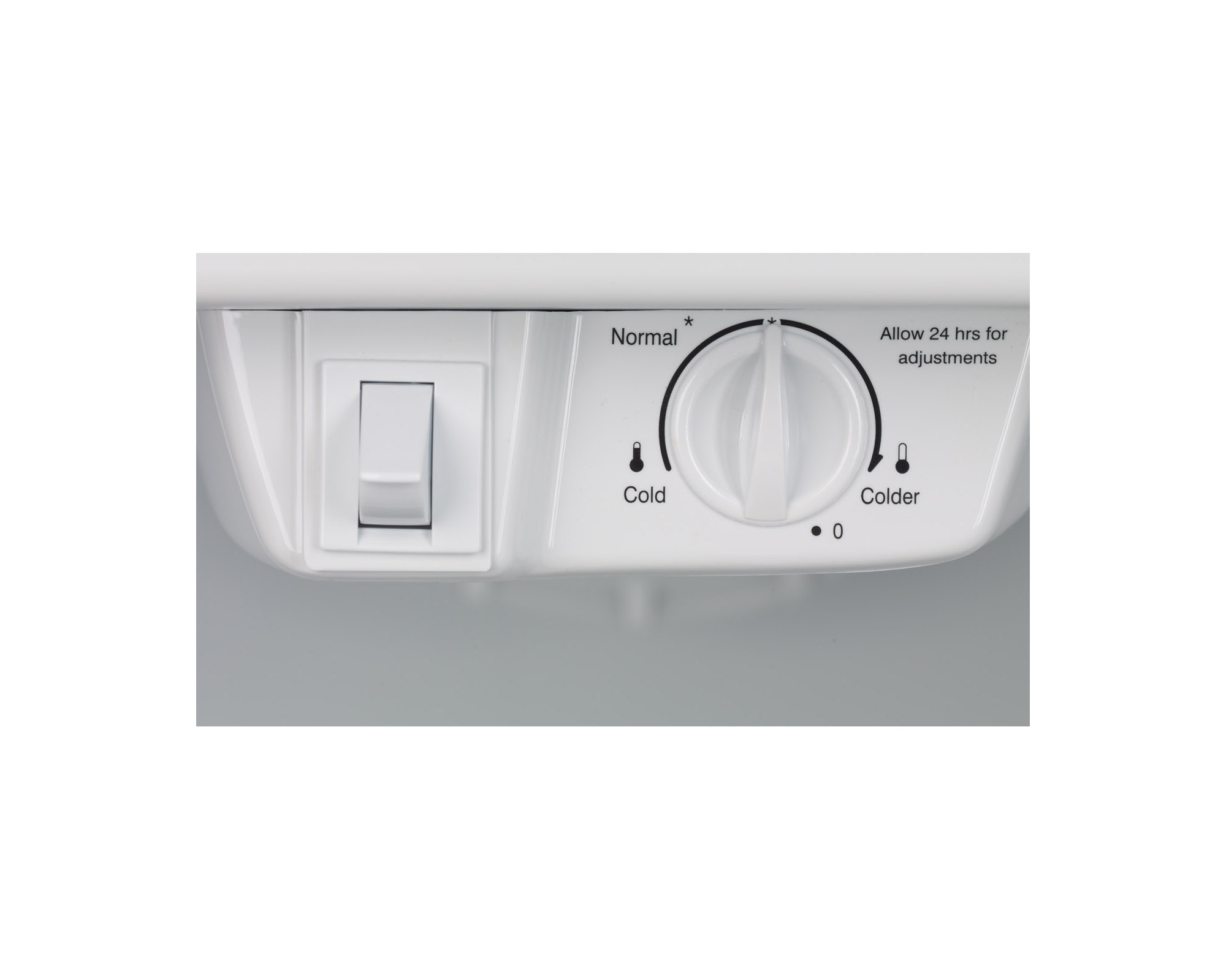 Frigidaire FFTR1821QS 18 cu. ft. Top Freezer Refrigerator - Stainless Steel