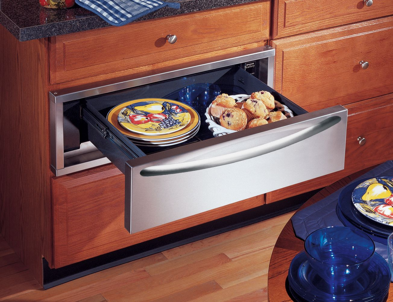 Frigidaire Professional Series 30 in. Warming Drawer