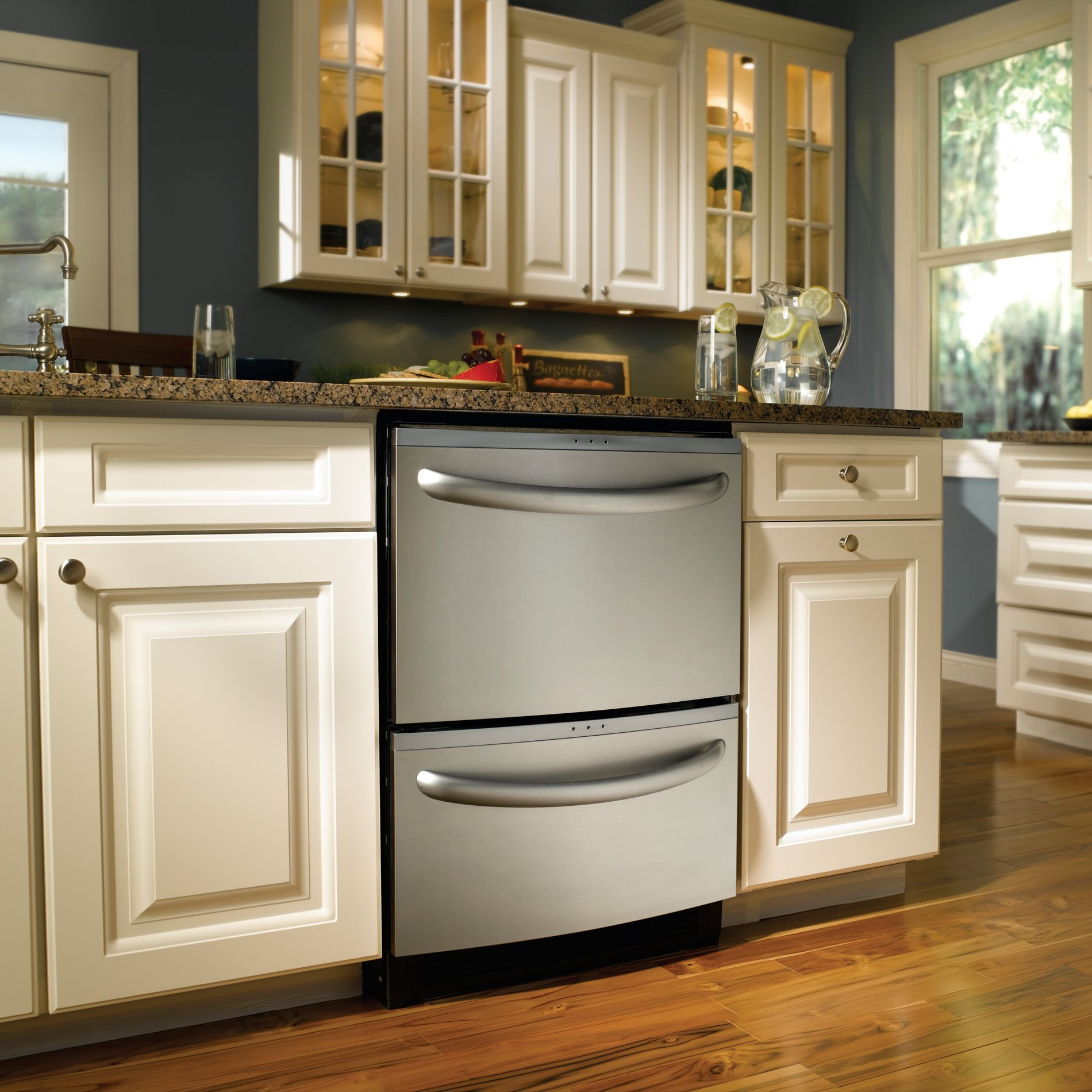 """Kenmore Elite 24"""" Double Drawer Dishwasher with Sliding & Variable Position Tines (1334)"""