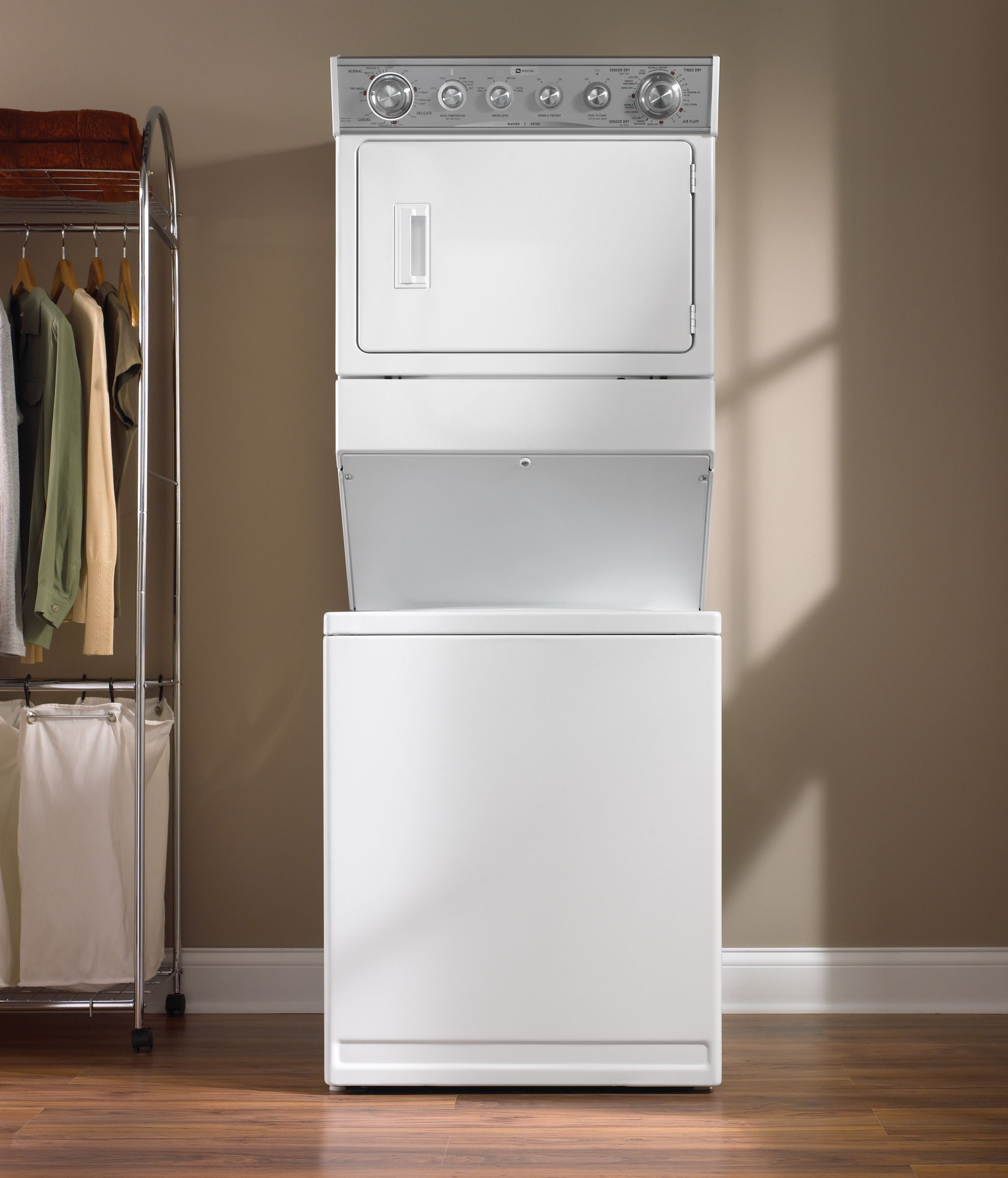 Maytag Super Capacity Electric Laundry Center (MET3800T)