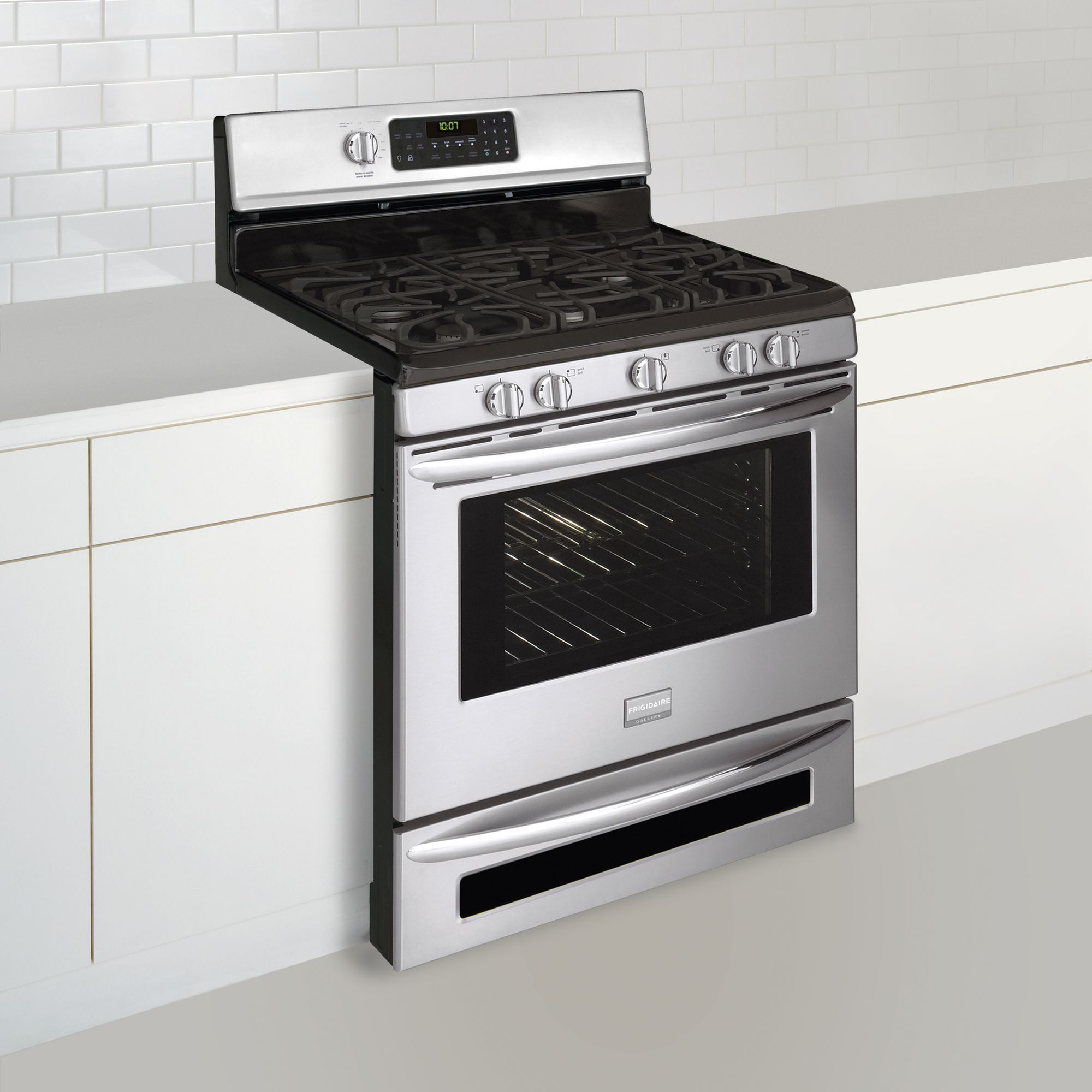 "Frigidaire Gallery 30"" Freestanding Natural Gas Range"