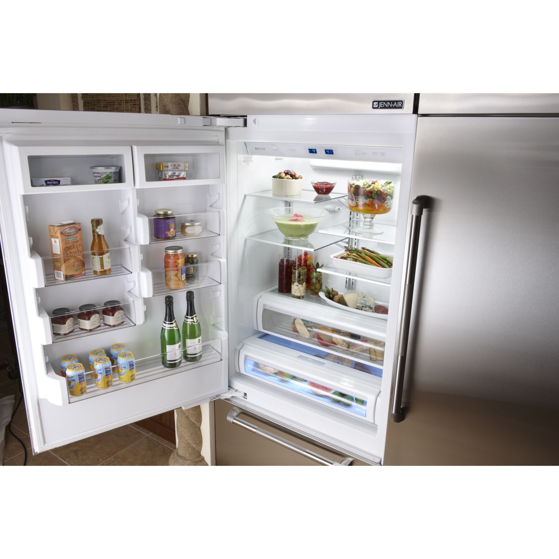 Jenn-Air 20.4 cu. ft. Fully Integrated Built-In Bottom Freezer Refrigerator