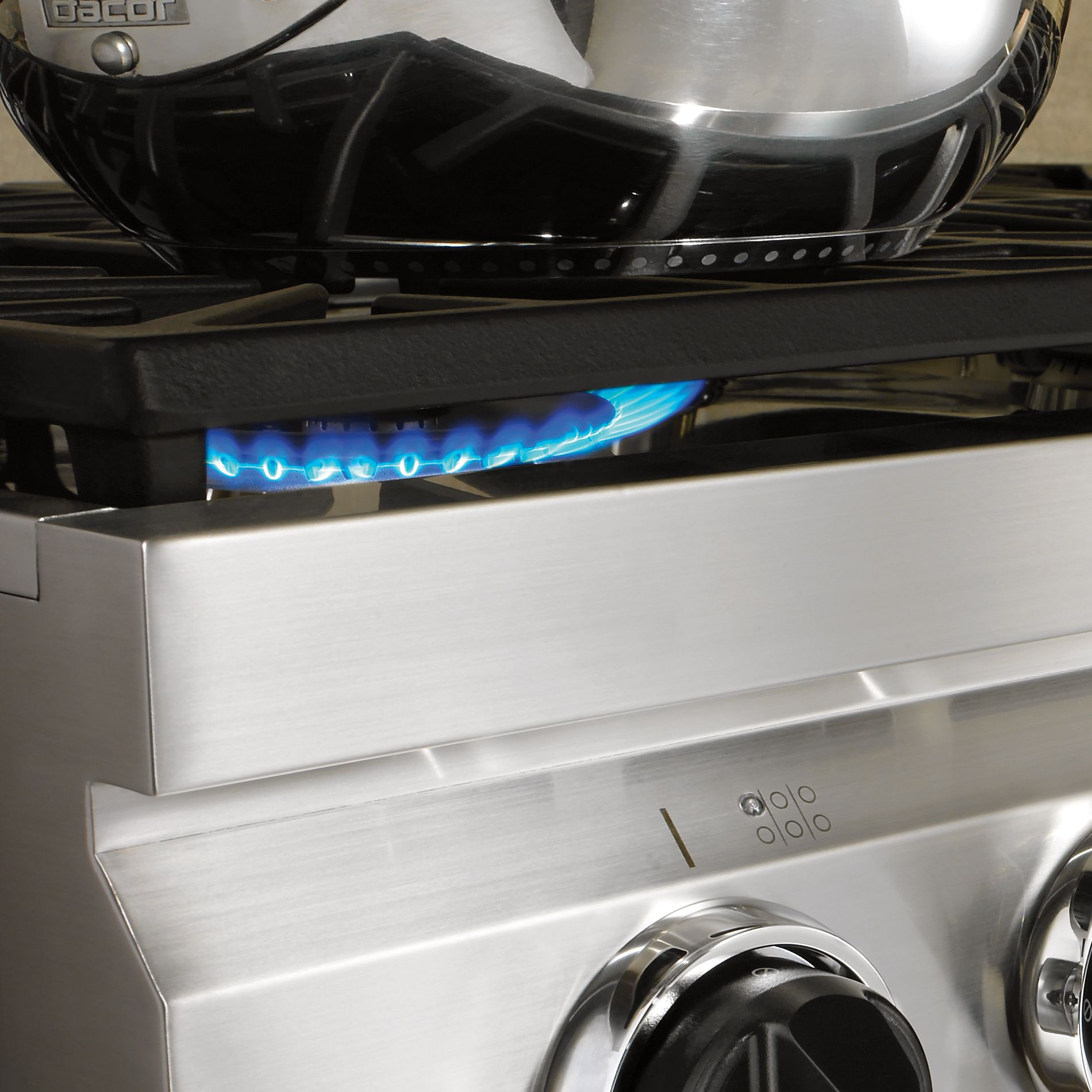 "Dacor Distinctive 36"" Gas Rangetop, Stainless Steel - High-Altitude Liquid Propane"