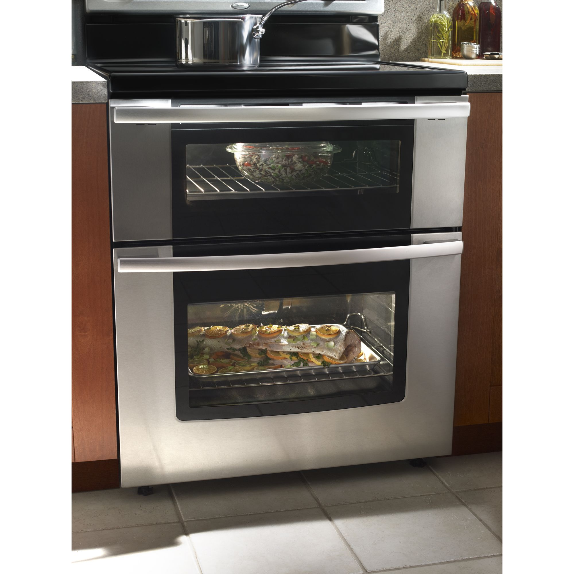 Whirlpool Gold 6.7 cu. ft. Double-Oven Electric Range