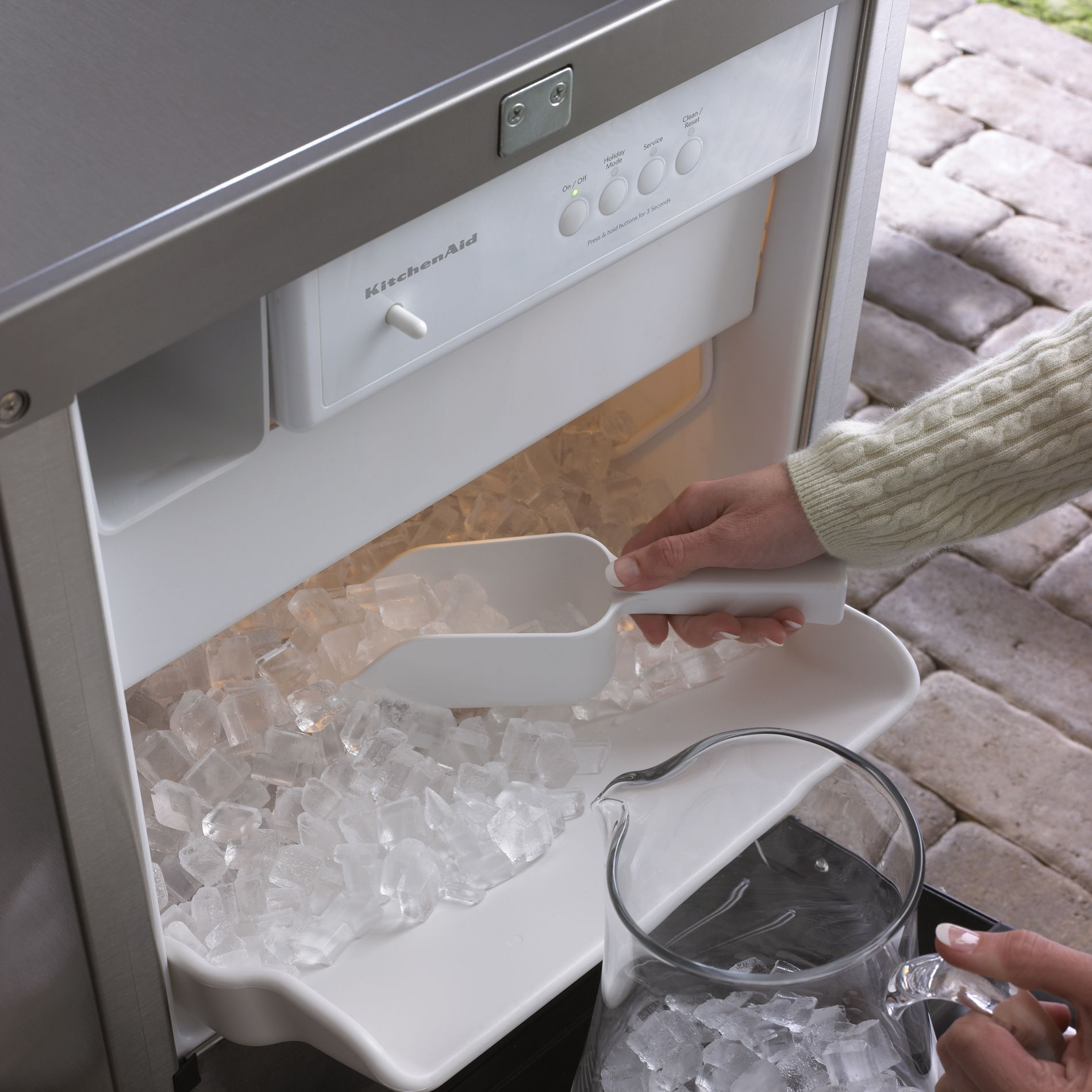 "KitchenAid 18"" Outdoor Ice Maker - Stainless Steel"