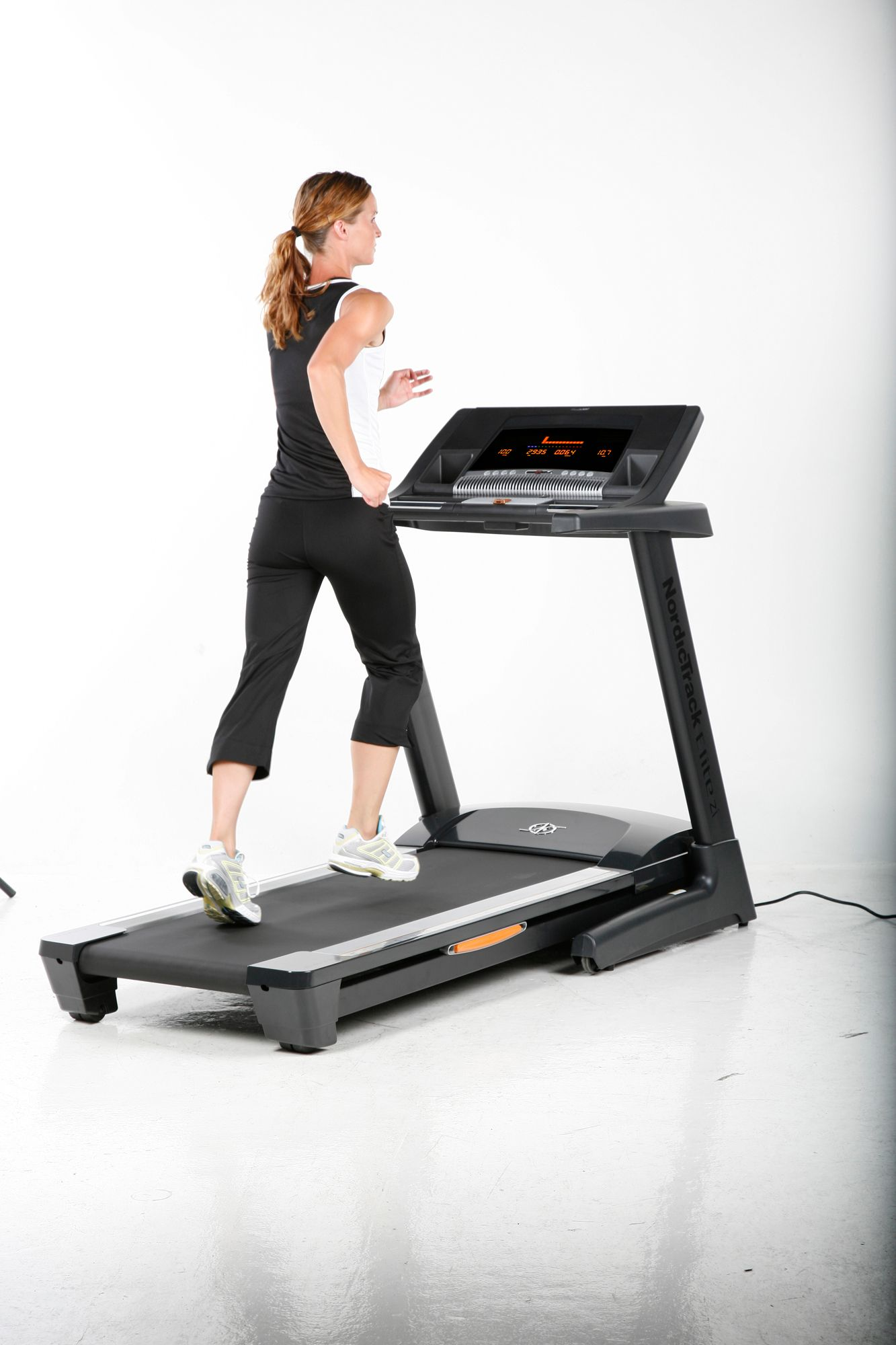 NordicTrack Elite zi Treadmill