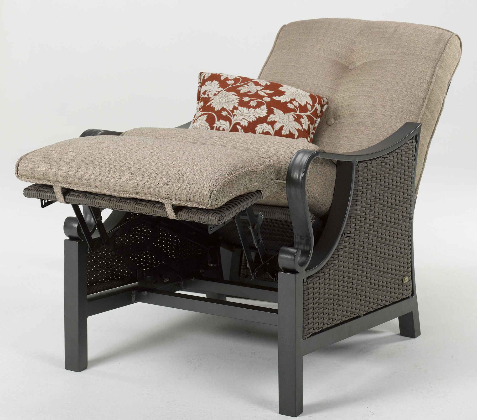 La-Z-Boy Outdoor Preston Outdoor Recliner