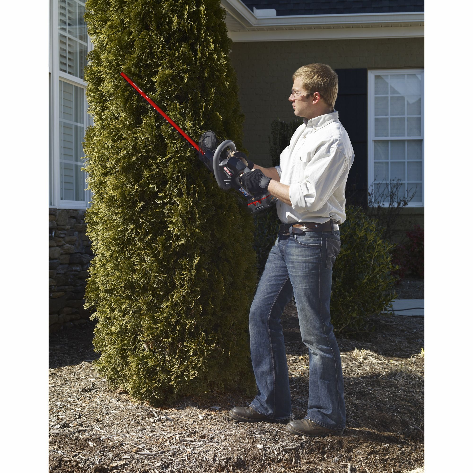 Craftsman C3 19.2 Volt Cordless Hedge Trimmer