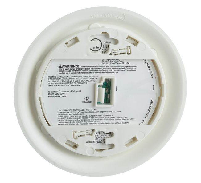 First Alert Smoke Alarm with Single Button Silence/Test Function