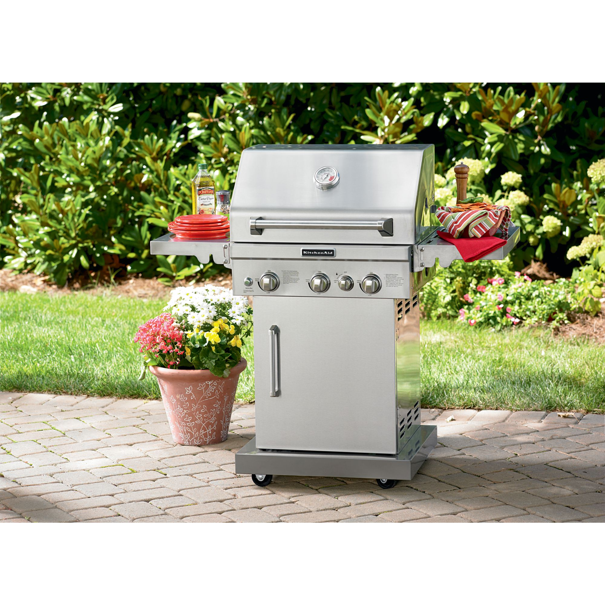 KitchenAid 3-Burner Pedestal Gas Grill