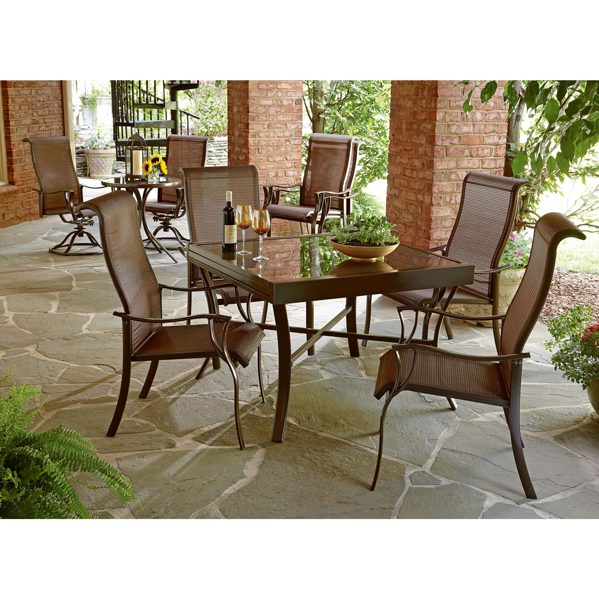 La-Z-Boy Outdoor Tristan 10 Pc. Dining Set with Expanding Table *Limited Availability