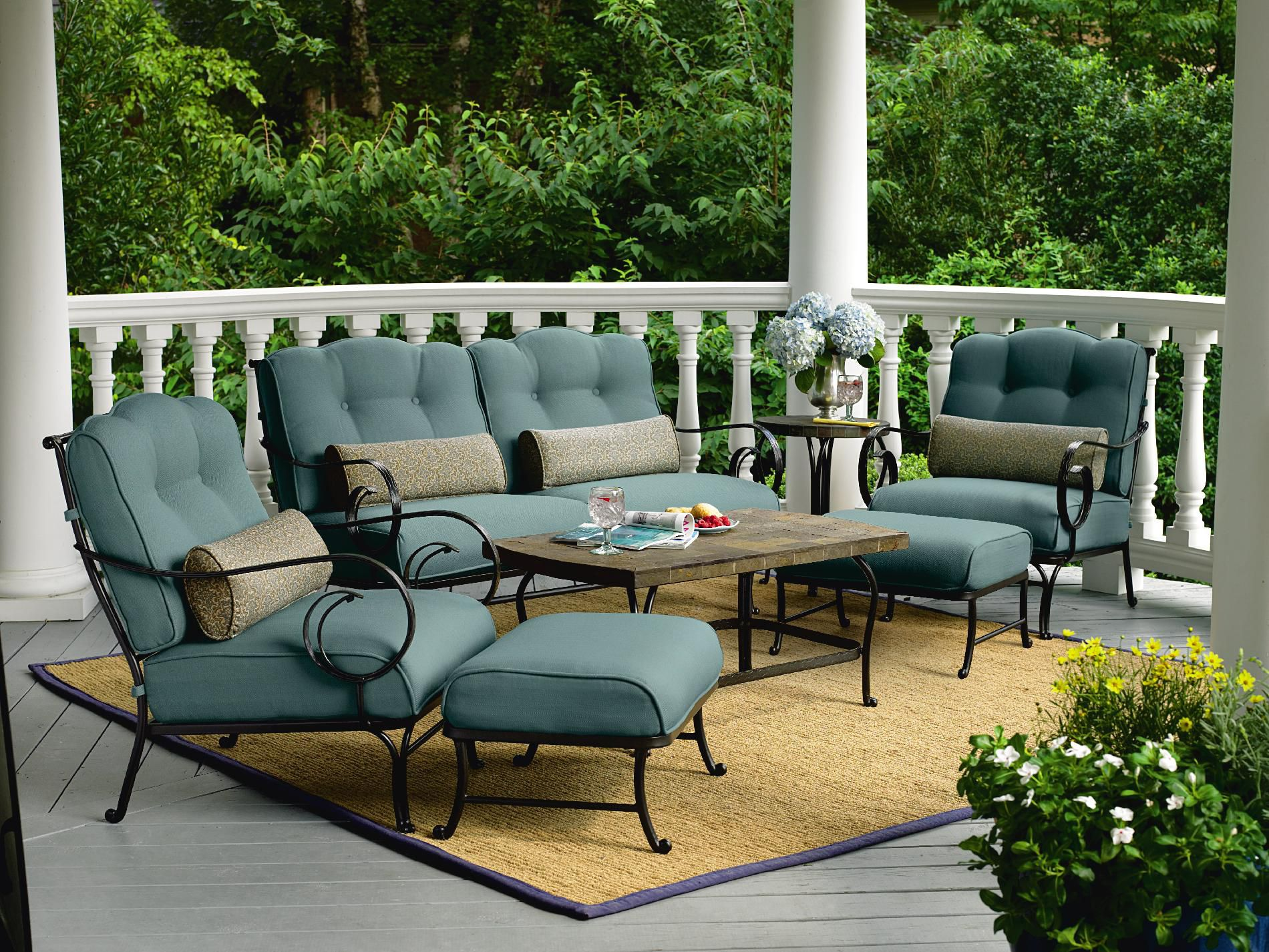 La-Z-Boy Outdoor Ashville 4 Pc. Seating Set *Limited Availability