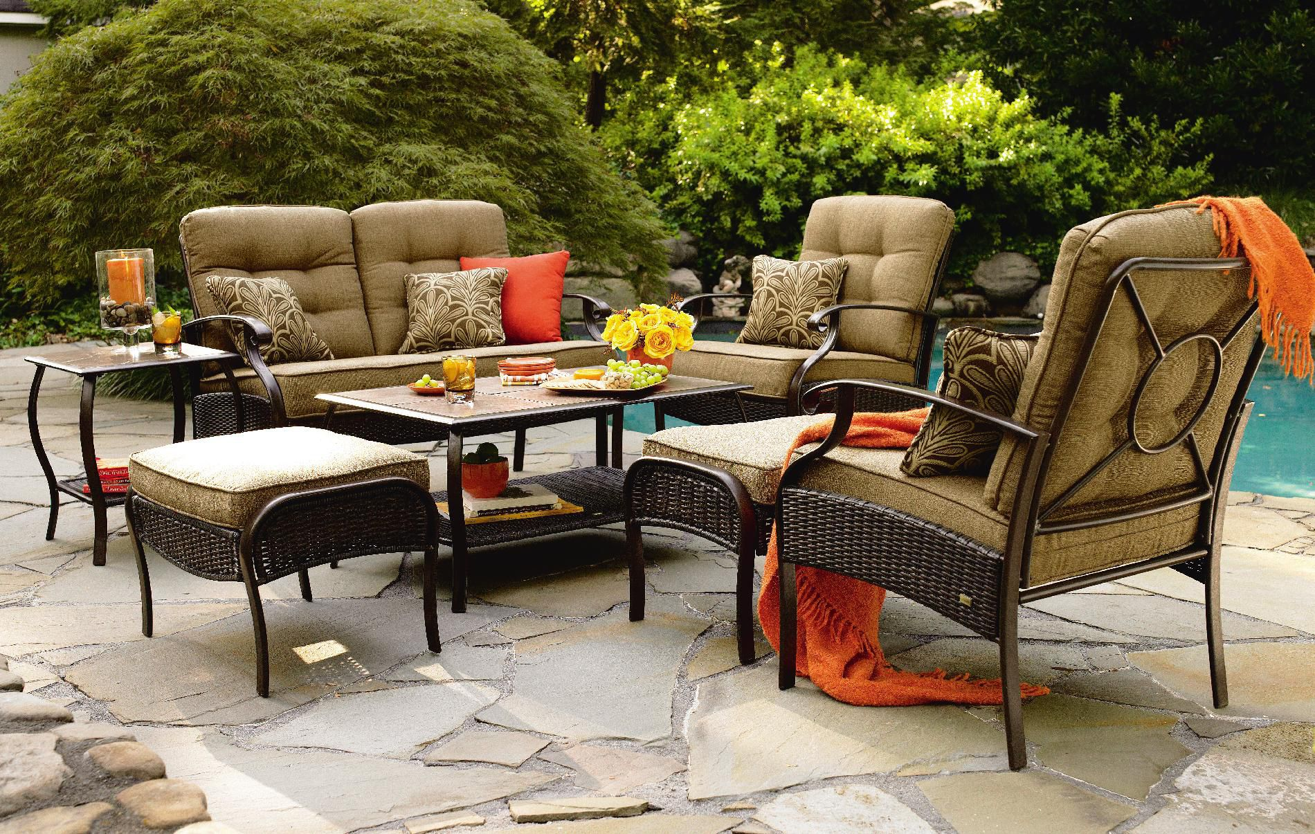 La-Z-Boy Outdoor Bradley 4 Pc. Seating Set