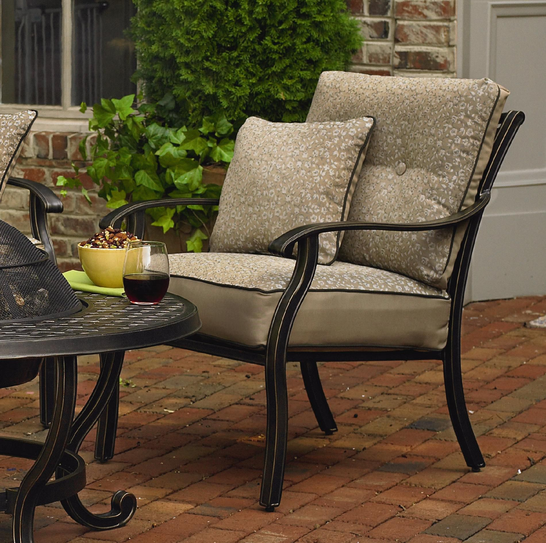 Agio Fair Oaks 4pc Seating Set - Limited availability