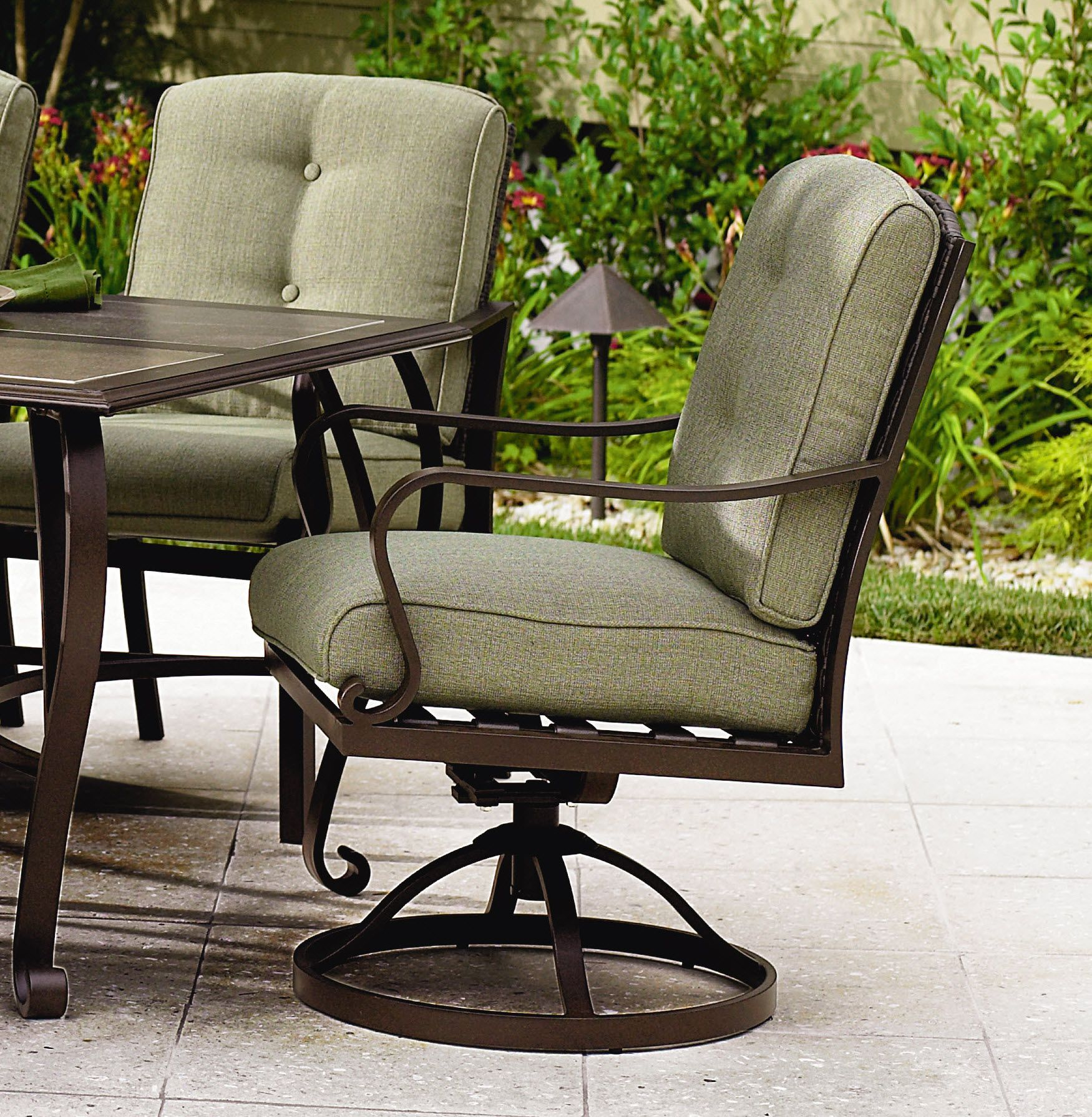 La-Z-Boy Outdoor Peyton 3 Pc. Bistro Set