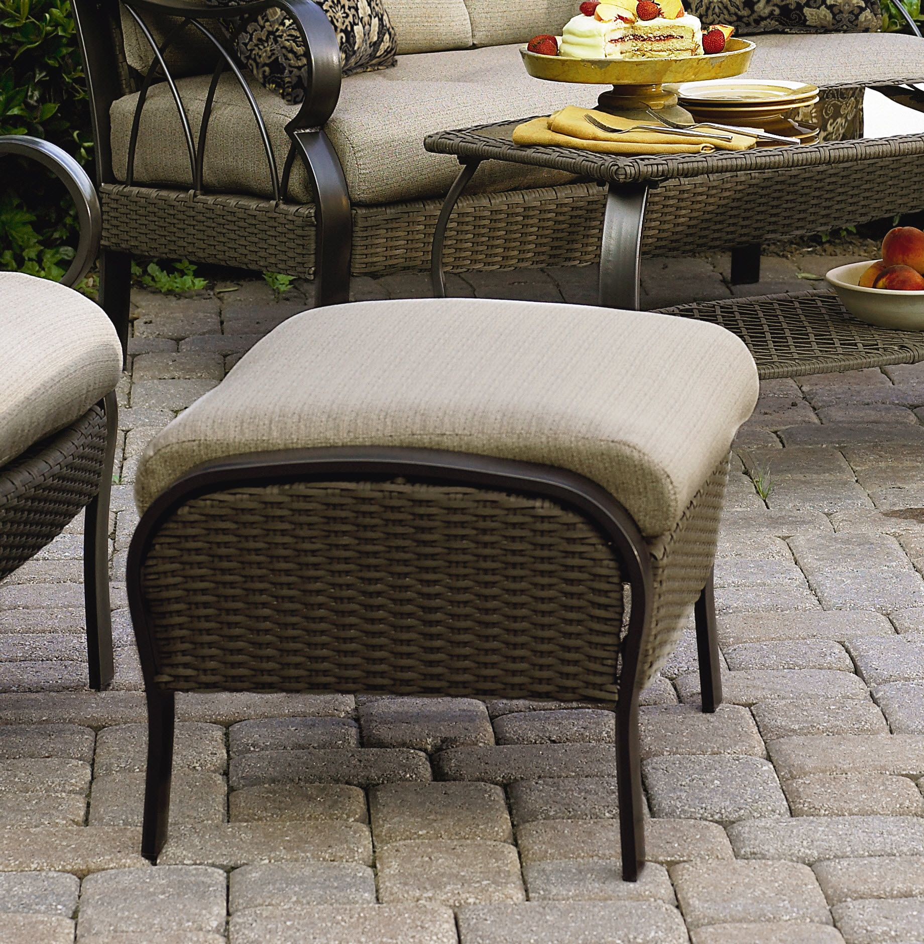 La-Z-Boy Outdoor Logan 2 Pk. Ottomans