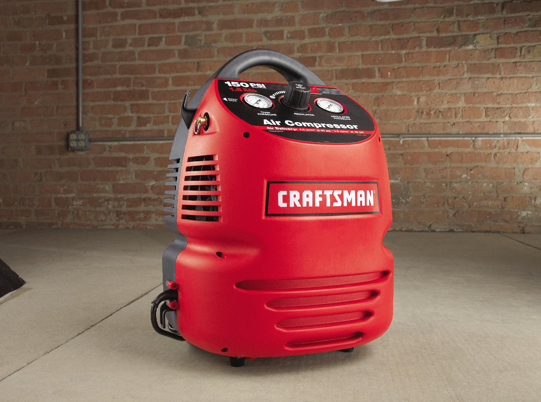 Craftsman 1.5 Gallon Portable Air Compressor with Hose and 8PC Accessory Kit