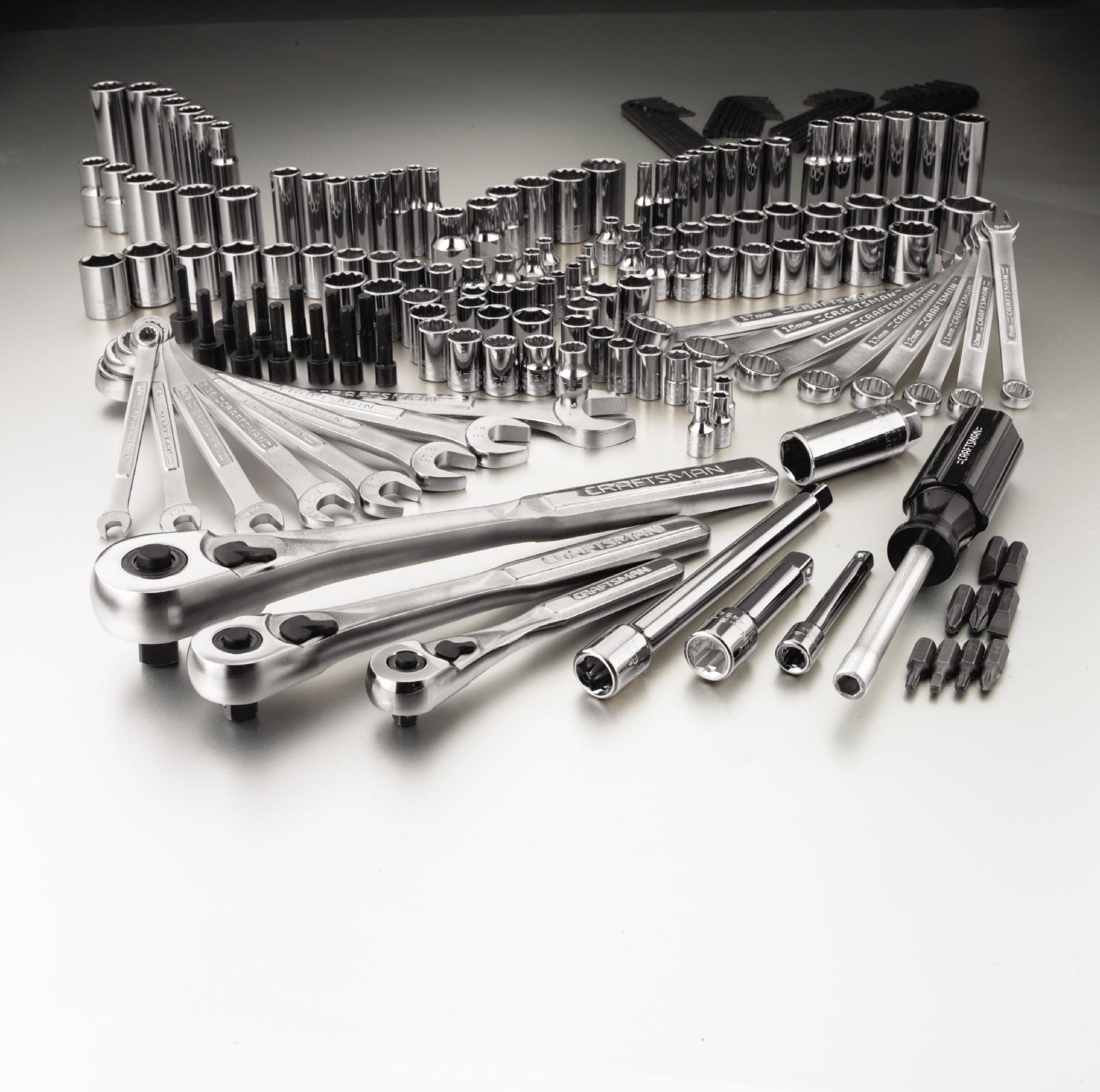 Craftsman 192 pc. Mechanics Tool Set with Trifold Case