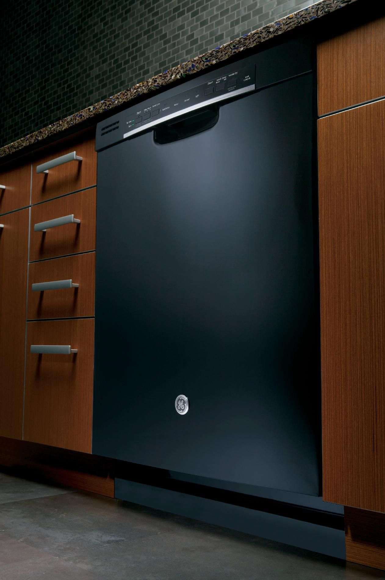 """GE 24"""" Dishwasher with Front Controls - Black"""