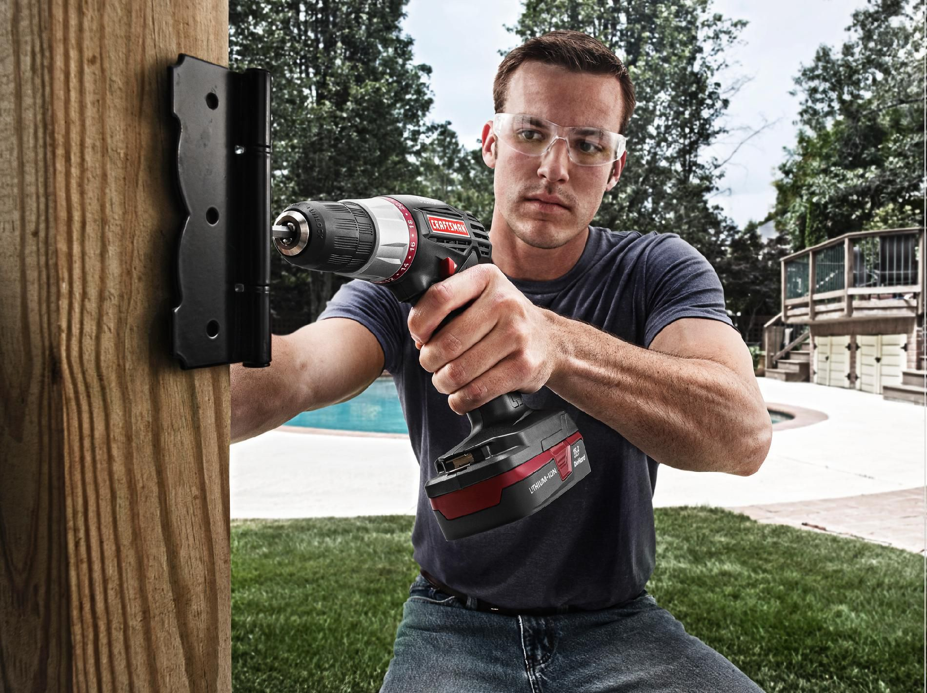 Craftsman C3  Drill/Driver Kit with Lithium-Ion Battery