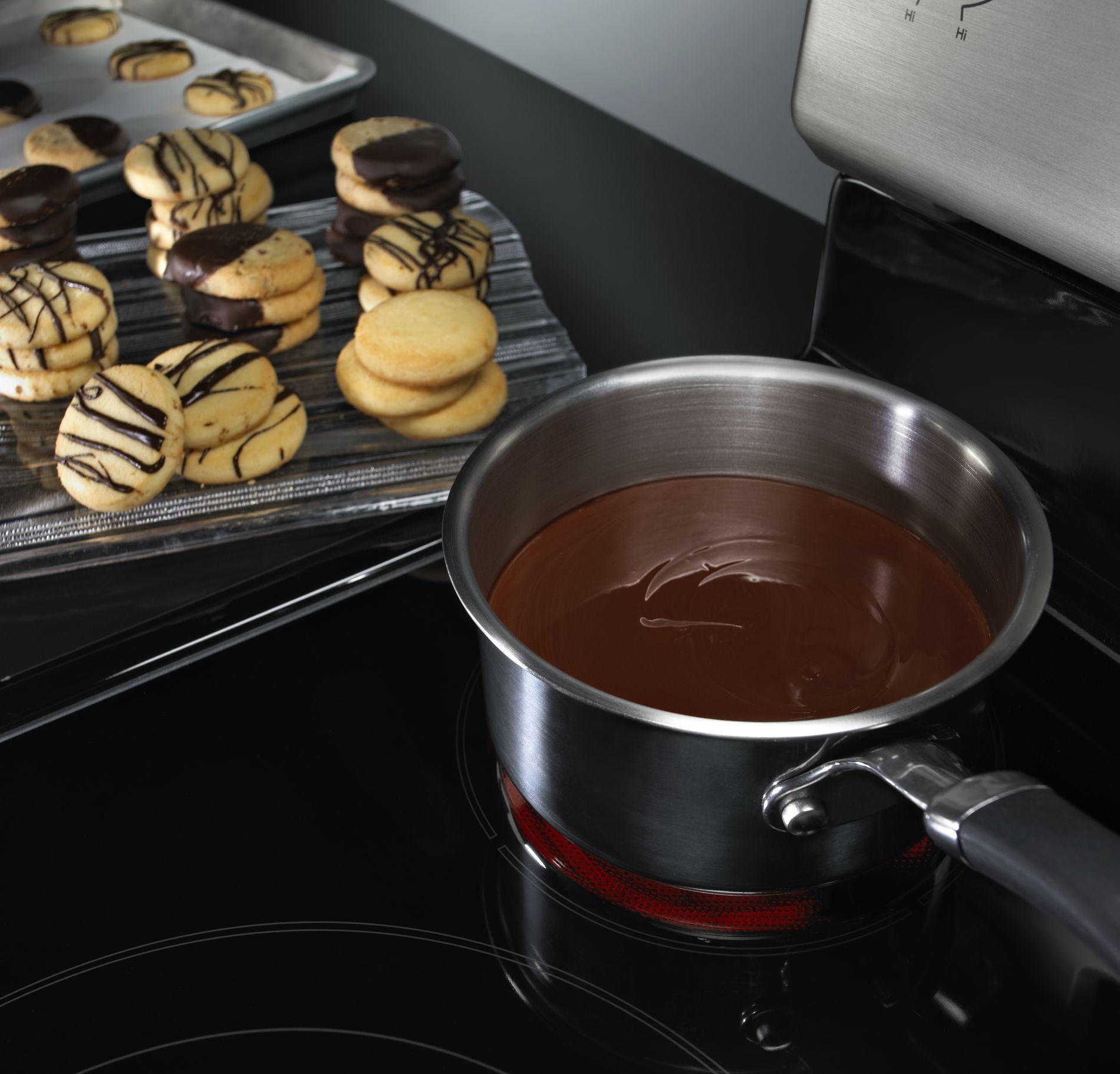 KitchenAid 6.2 cu. ft. Electric Range w/ Event-Heat™ Technology - Black
